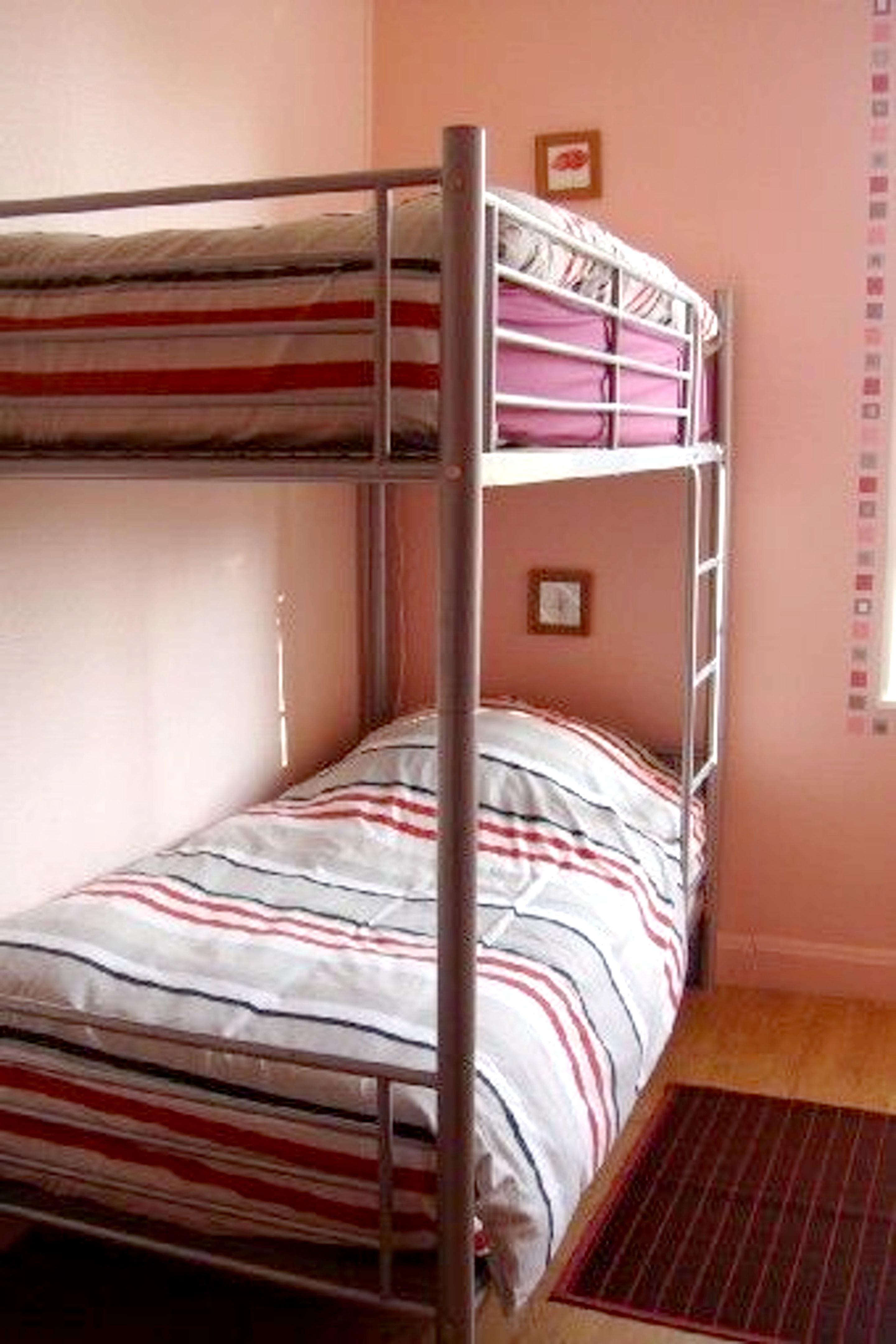 Ferienwohnung Wohnung mit 6 Schlafzimmern in Lametz mit möbliertem Garten und W-LAN (2208309), Lametz, Ardennes, Champagne-Ardennes, Frankreich, Bild 9