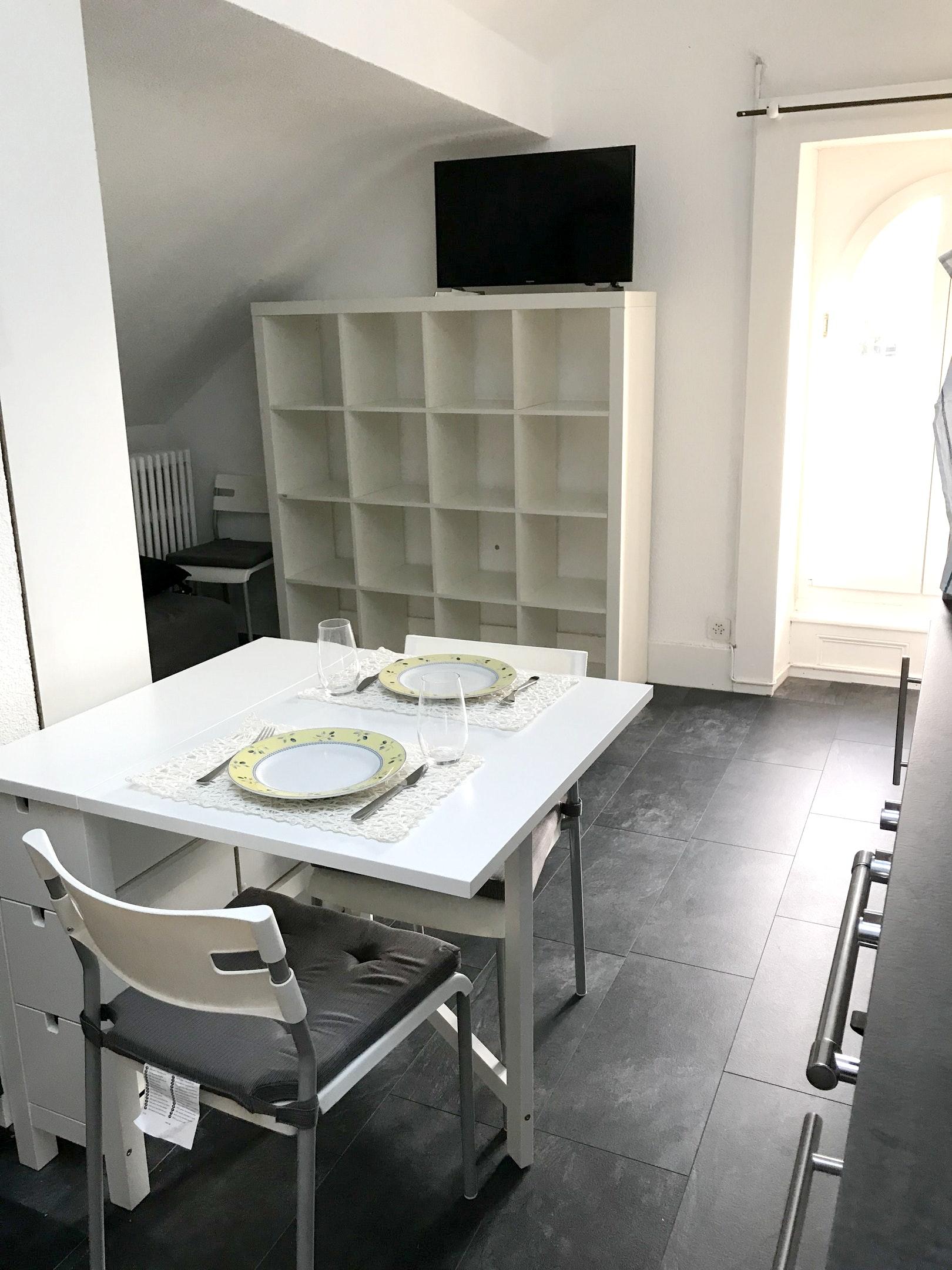 Appartement de vacances Studio in Neuchâtel mit Terrasse und W-LAN (2567189), Neuchâtel, Lac de Neuchâtel, Jura - Neuchâtel, Suisse, image 4