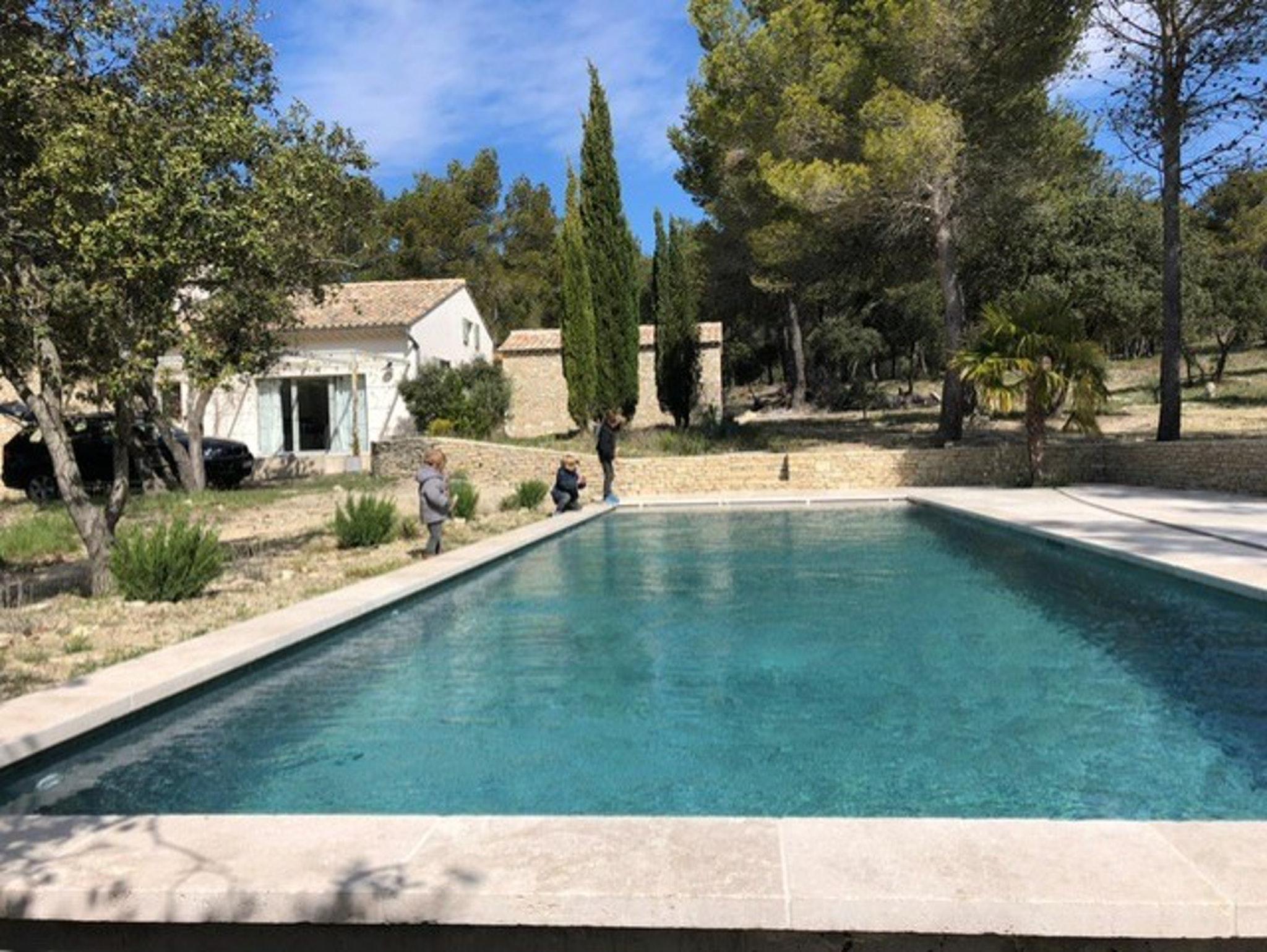 Maison de vacances Herrliches Landhaus in L'Isle-sur-la-Sorgue mit großem Gemeinschaftspool und herrlichem Bl (2202725), L'Isle sur la Sorgue, Vaucluse, Provence - Alpes - Côte d'Azur, France, image 1