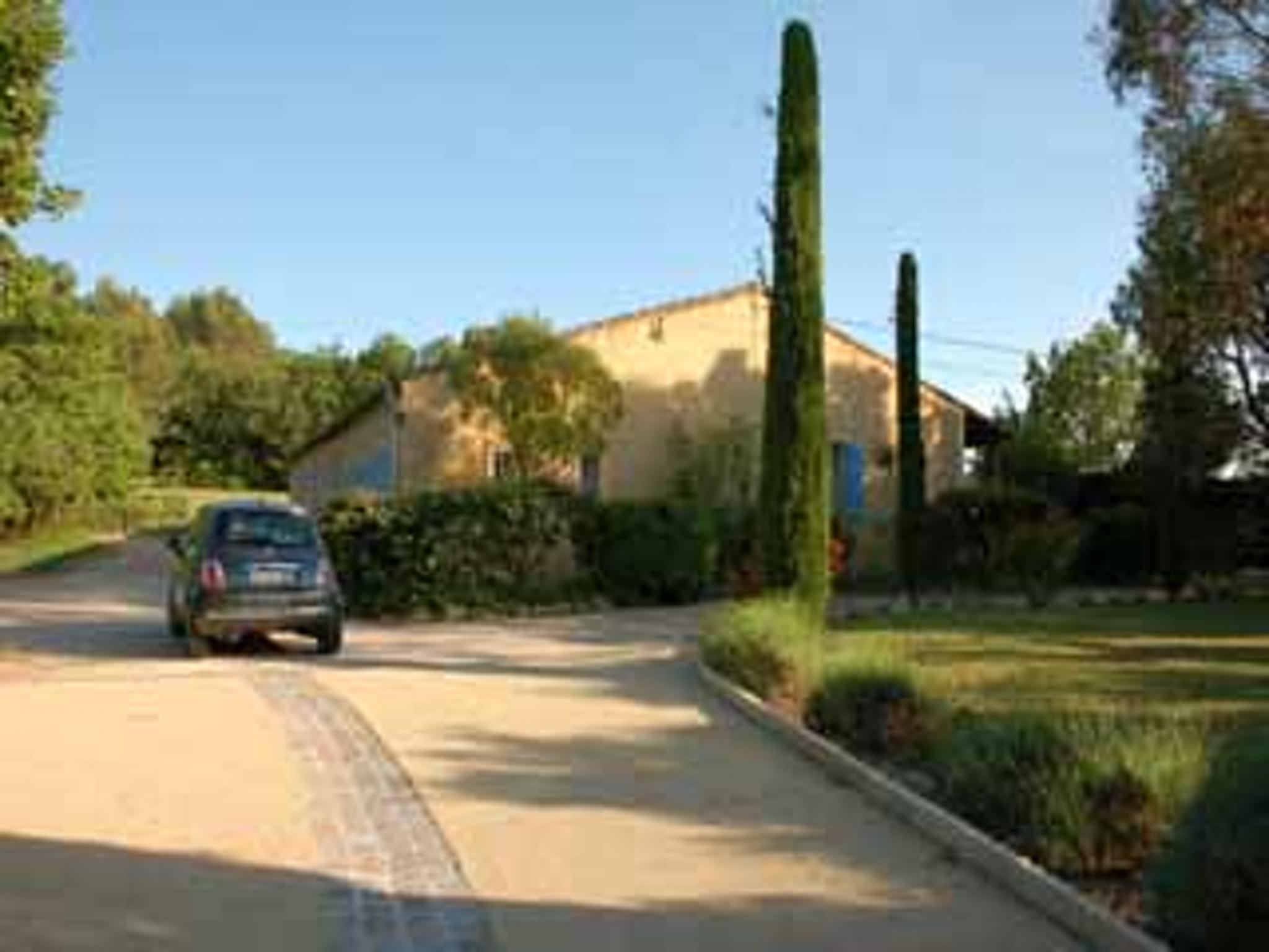 Ferienhaus Villa mit 4 Schlafzimmern in Pernes-les-Fontaines mit toller Aussicht auf die Berge, priva (2519446), Pernes les Fontaines, Saône-et-Loire, Burgund, Frankreich, Bild 20