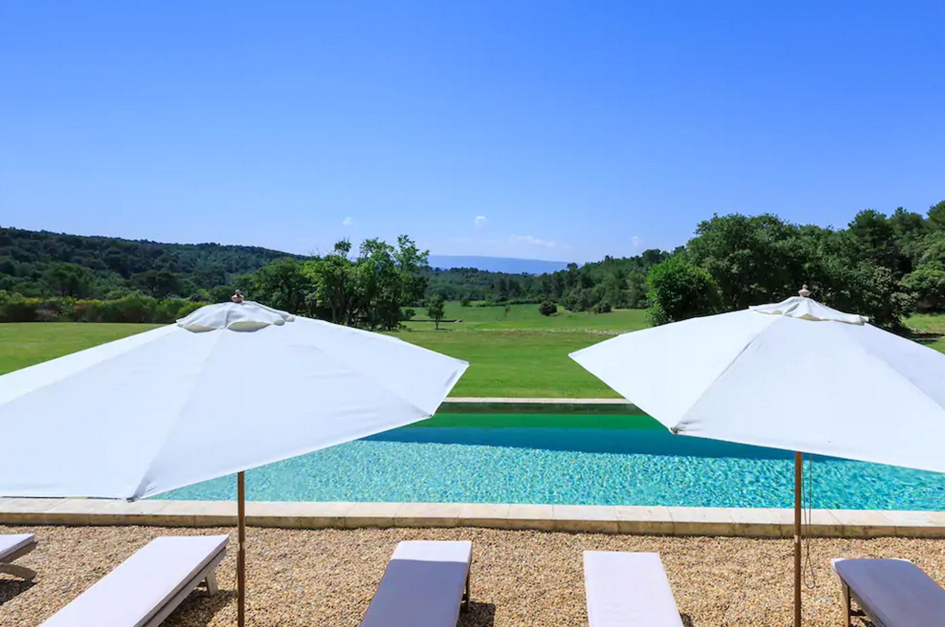 Maison de vacances Villa mit 6 Schlafzimmern in L'Isle-sur-la-Sorgue mit privatem Pool, möbliertem Garten und (2647203), L'Isle sur la Sorgue, Vaucluse, Provence - Alpes - Côte d'Azur, France, image 48