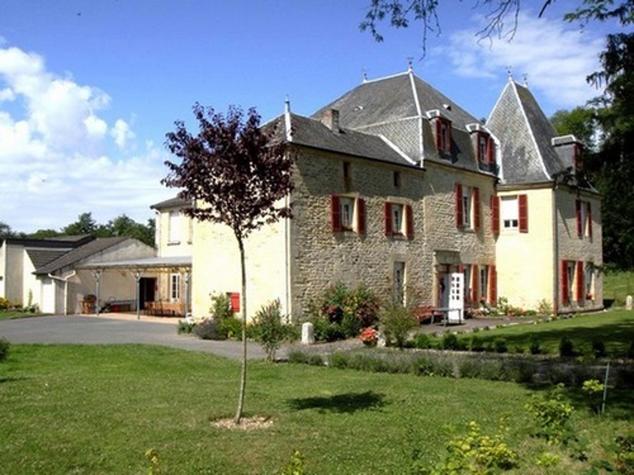 Ferienwohnung Wohnung mit 6 Zimmern in Lametz mit möbliertem Garten und W-LAN (2208309), Lametz, Ardennes, Champagne-Ardennes, Frankreich, Bild 2