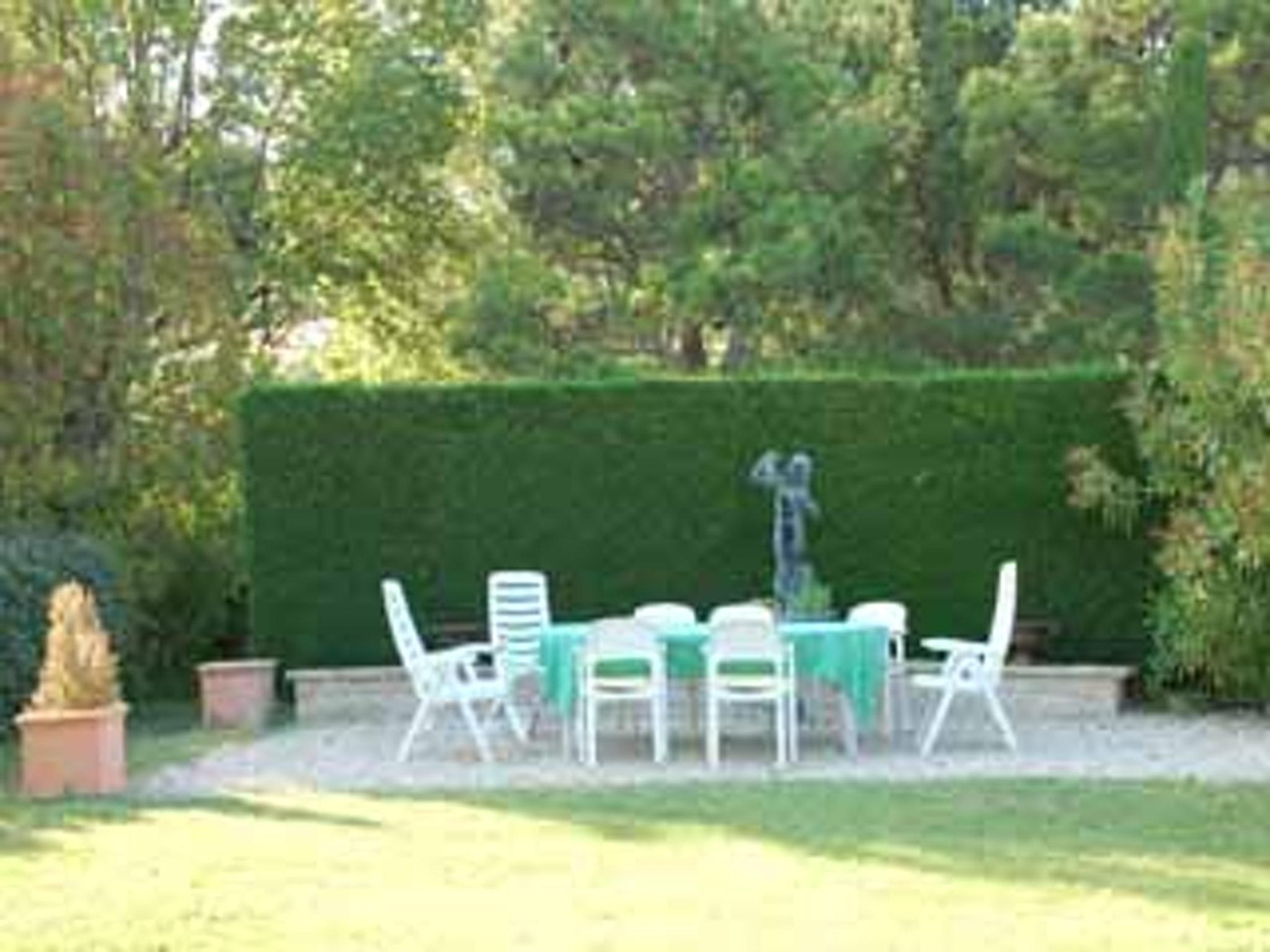Ferienhaus Villa mit 4 Schlafzimmern in Pernes-les-Fontaines mit toller Aussicht auf die Berge, priva (2519446), Pernes les Fontaines, Saône-et-Loire, Burgund, Frankreich, Bild 23