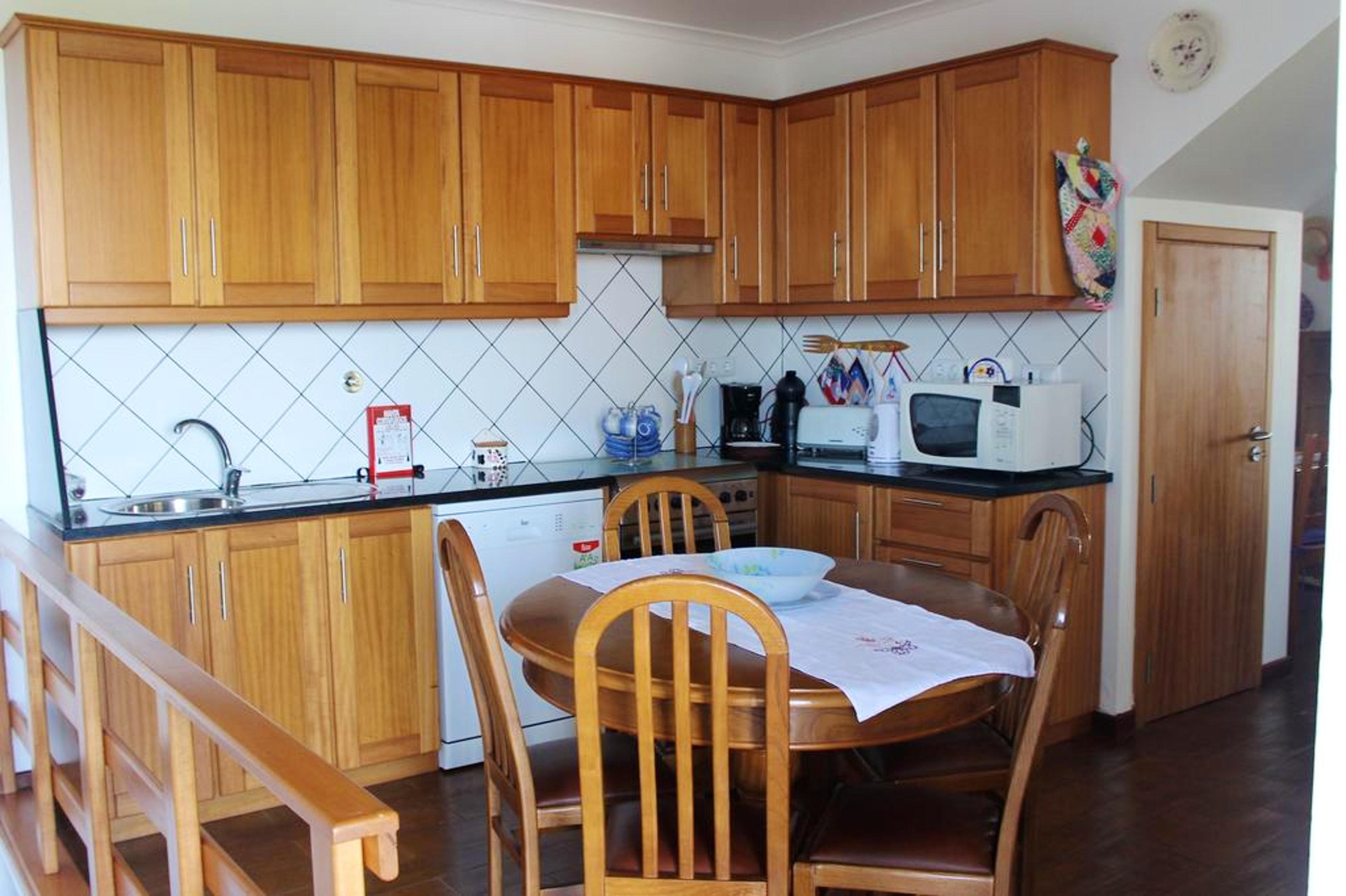 Ferienhaus Haus mit 3 Schlafzimmern in Prainha mit herrlichem Meerblick, eingezäuntem Garten und W-LA (2683894), Prainha, Pico, Azoren, Portugal, Bild 6