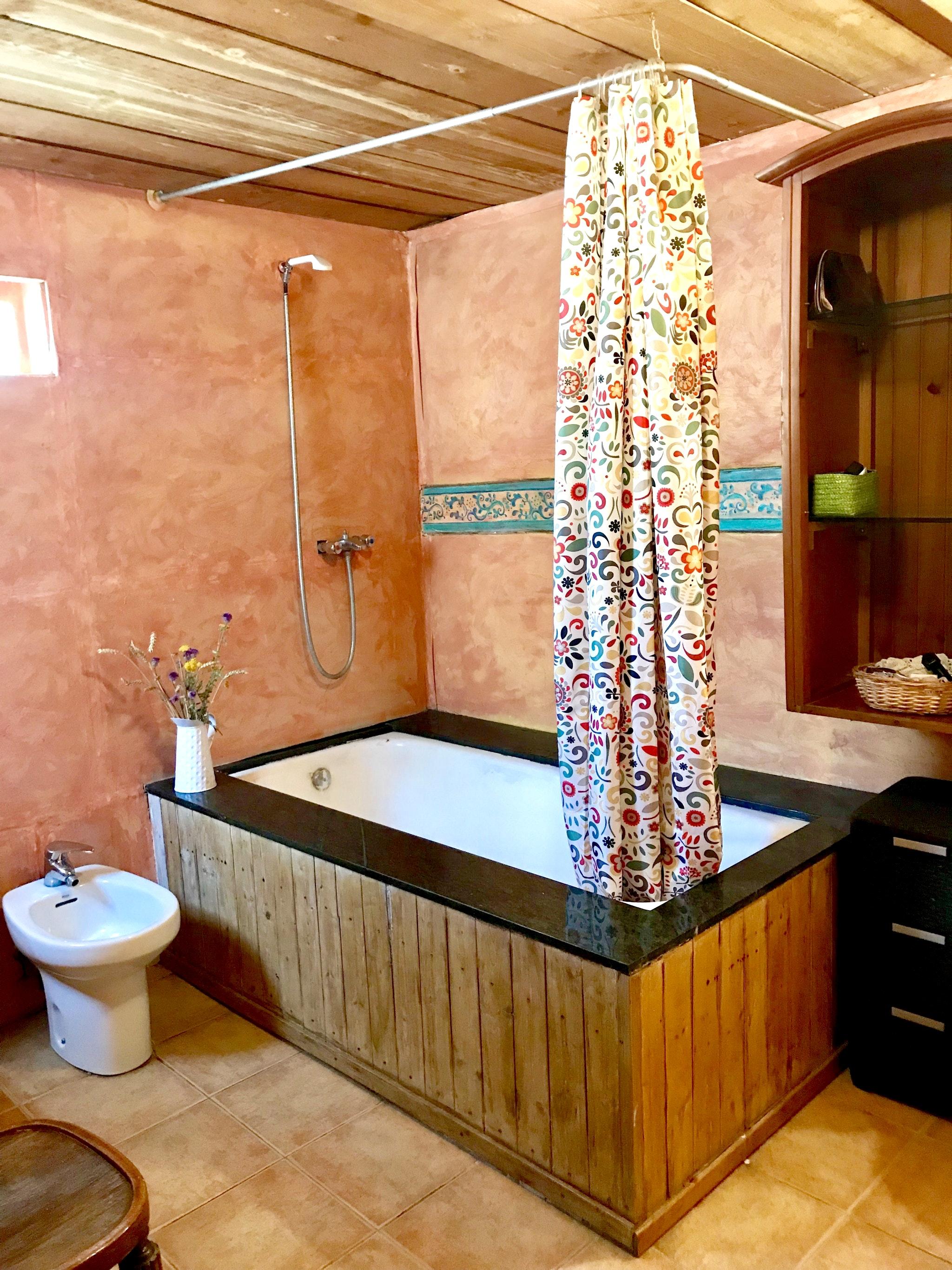 Maison de vacances Hütte mit 4 Schlafzimmern in Camarena de la Sierra mit toller Aussicht auf die Berge, priv (2474258), Camarena de la Sierra, Teruel, Aragon, Espagne, image 8
