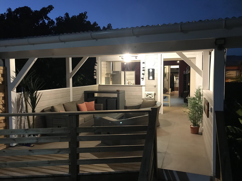 Wohnung mit einem Schlafzimmer in Sainte-Anne mit  Ferienwohnung in Guadeloupe