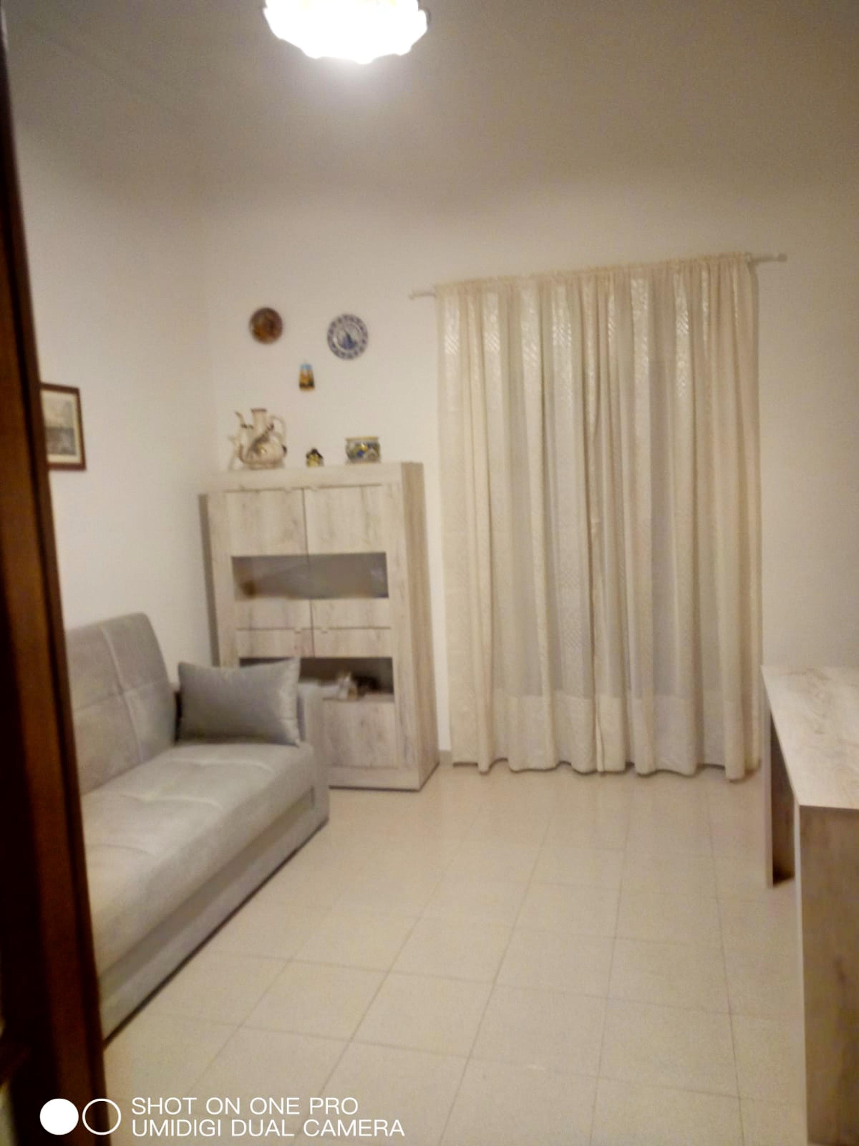 Ferienwohnung Wohnung mit 2 Schlafzimmern in Catania mit schöner Aussicht auf die Stadt, Balkon und W-LA (2807670), Catania, Catania, Sizilien, Italien, Bild 3