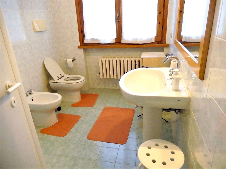 Ferienhaus Villa mit 5 Schlafzimmern in Pesaro mit privatem Pool, eingezäuntem Garten und W-LAN - 3 k (2202299), Pesaro, Pesaro und Urbino, Marken, Italien, Bild 12