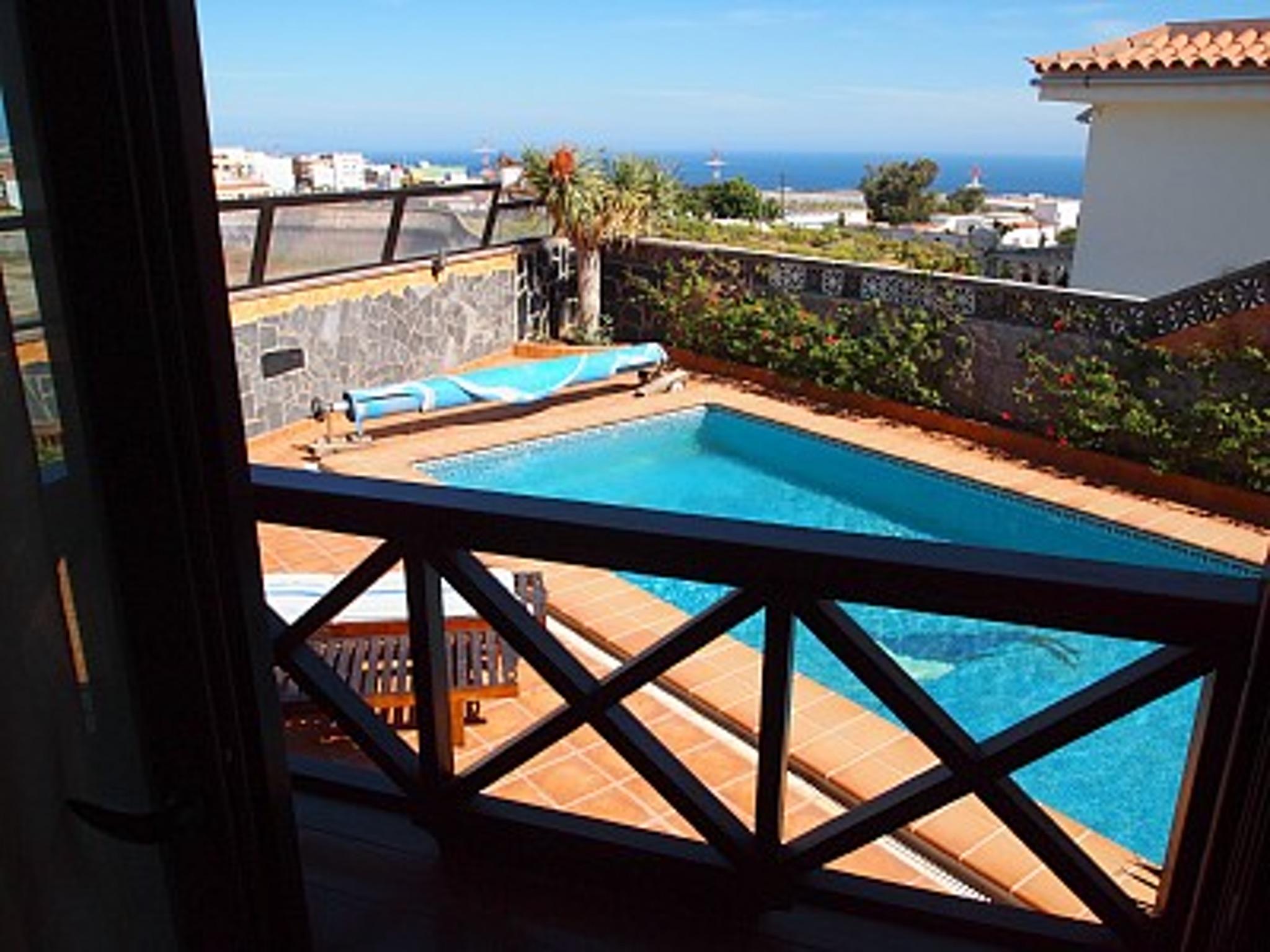 Holiday house Haus mit 5 Zimmern in Granadilla mit toller Aussicht auf die Berge, privatem Pool, eingezä (2202646), San Isidro, Tenerife, Canary Islands, Spain, picture 3