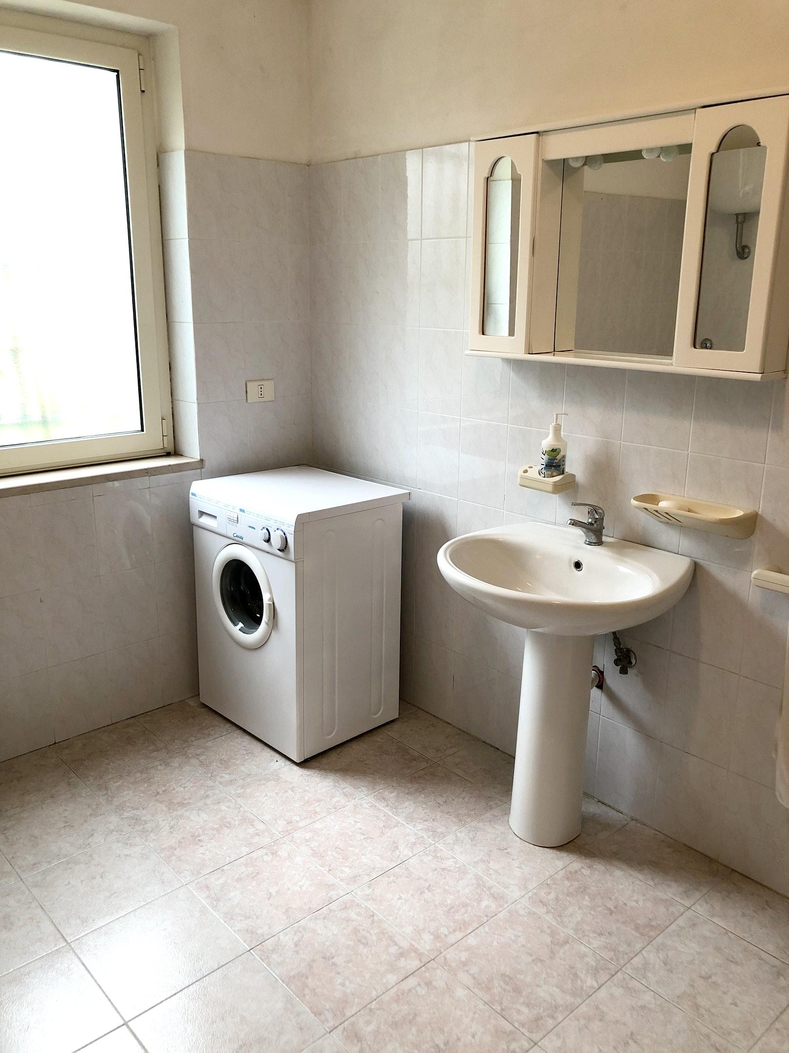 Ferienhaus Haus mit 3 Schlafzimmern in Montenero di bisaccia mit herrlichem Meerblick und eingezäunte (2524275), Montenero di Bisaccia, Campobasso, Molise, Italien, Bild 26
