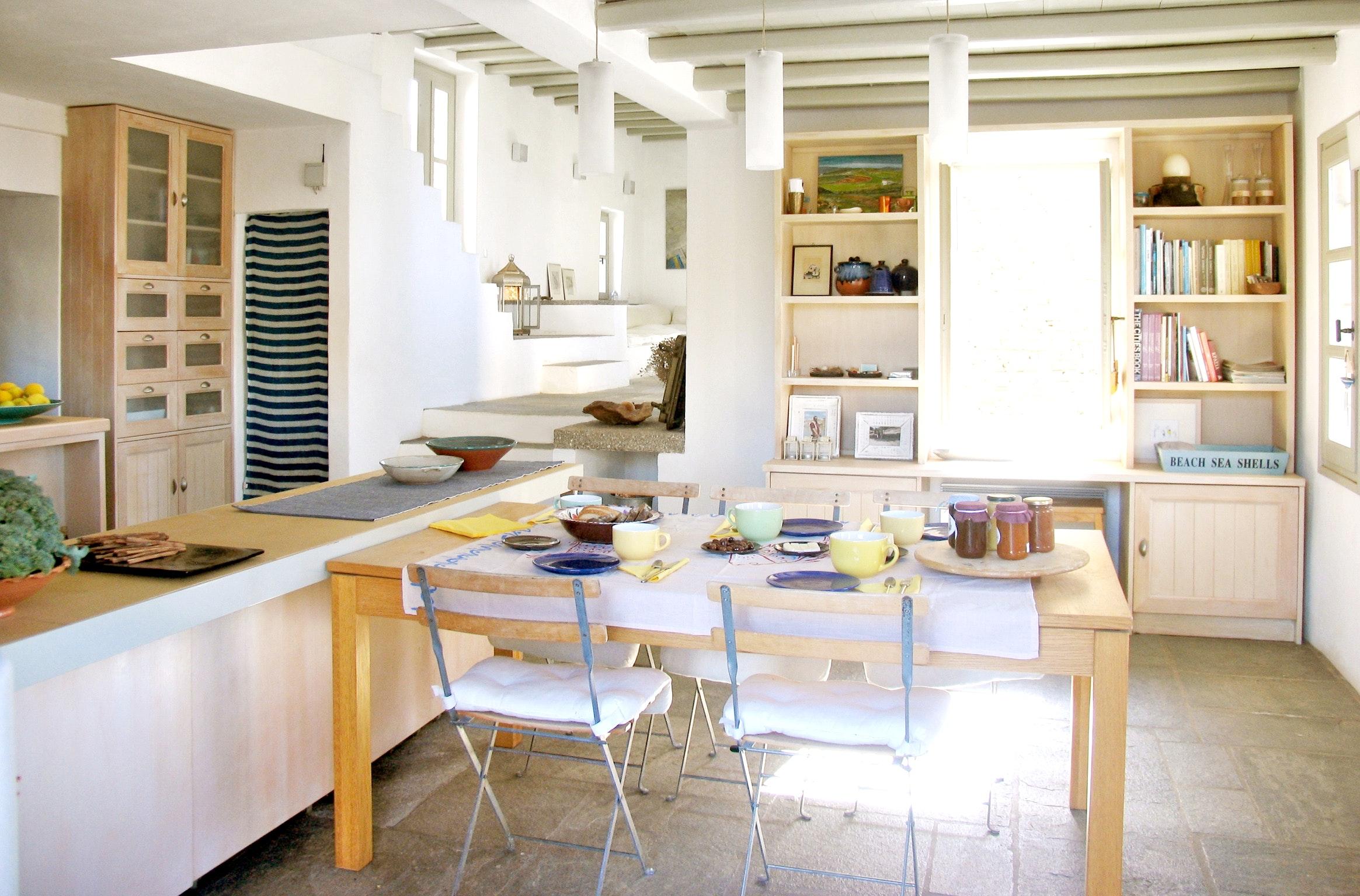 Holiday house Luxuriöse Villa und Gästehaus mit WLAN, Pool und Blick auf den Sonnenuntergang im Ägäische (2202206), Siphnos, Sifnos, Cyclades, Greece, picture 9