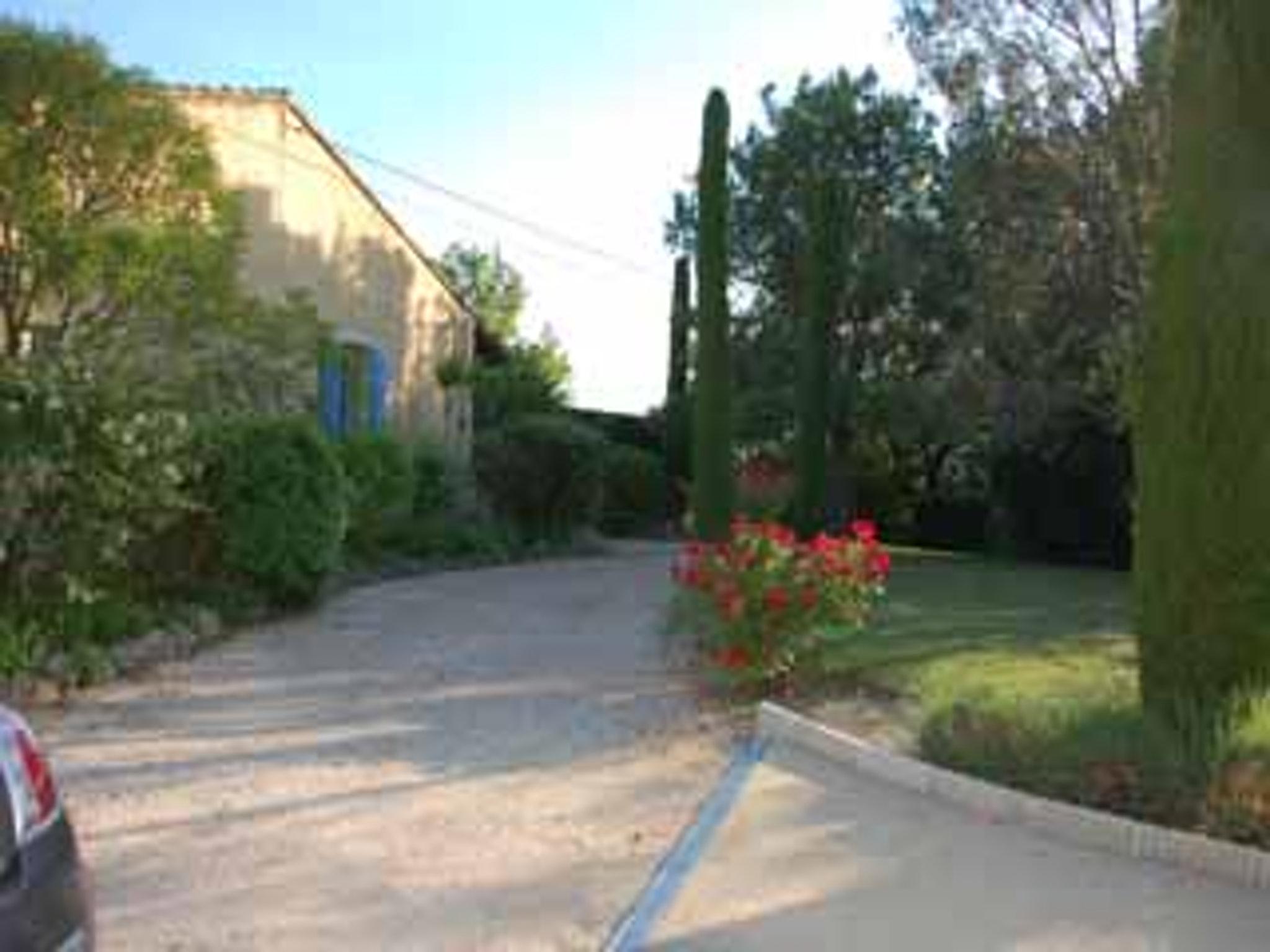 Ferienhaus Villa mit 4 Schlafzimmern in Pernes-les-Fontaines mit toller Aussicht auf die Berge, priva (2519446), Pernes les Fontaines, Saône-et-Loire, Burgund, Frankreich, Bild 19