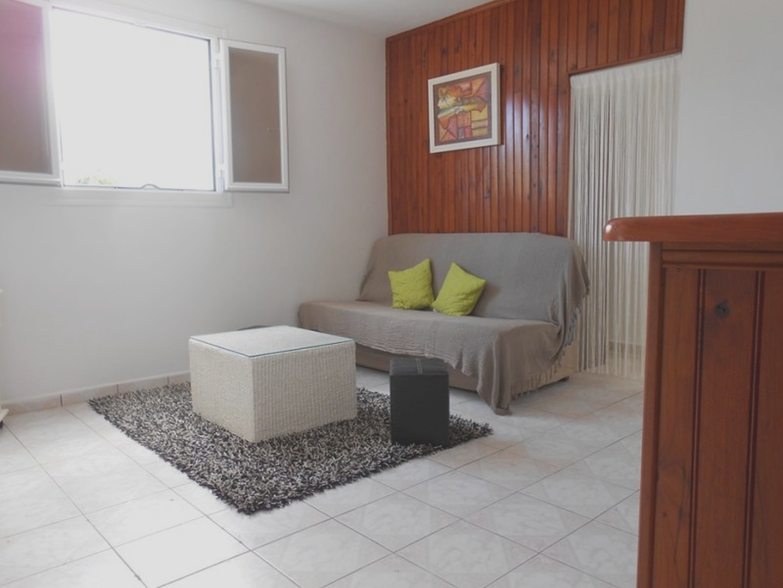 Wohnung mit einem Schlafzimmer in Saint-Benoî Ferienwohnung in Afrika