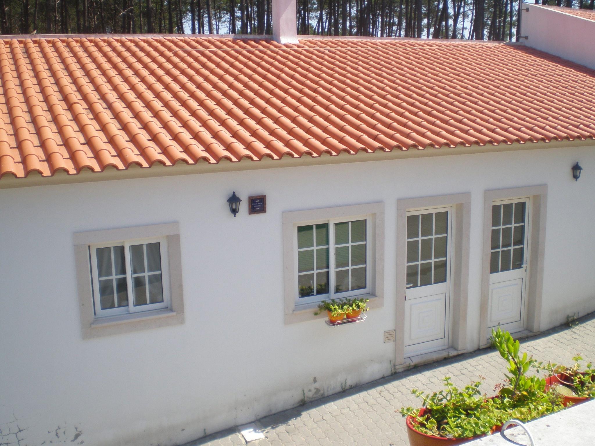 Holiday apartment Studio in Nazaré mit Pool, möbliertem Garten und W-LAN - 7 km vom Strand entfernt (2410449), Nazaré, Costa de Prata, Central-Portugal, Portugal, picture 8