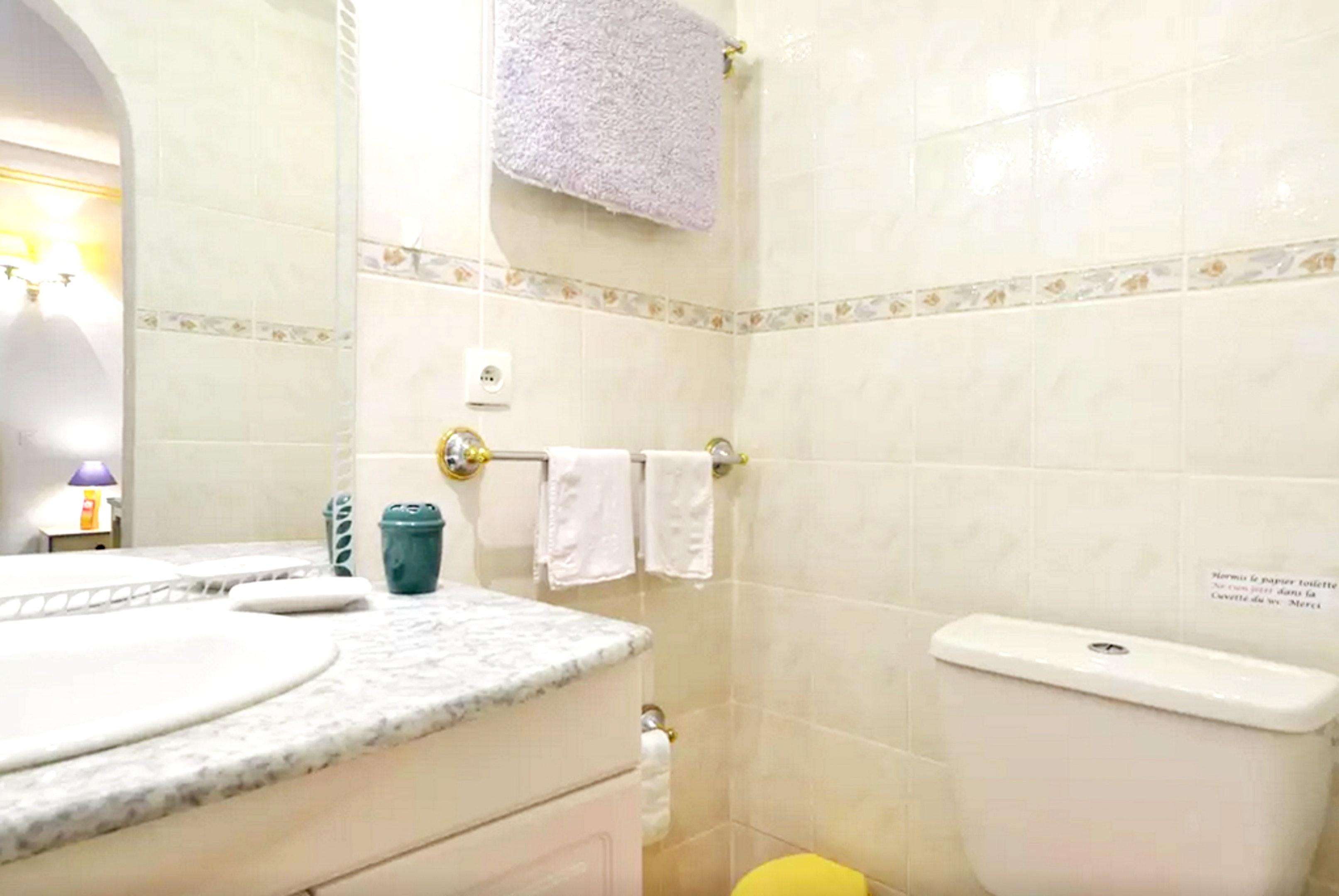 Holiday apartment Wohnung mit einem Schlafzimmer in Fréjus mit eingezäuntem Garten und W-LAN (2202409), Fréjus, Côte d'Azur, Provence - Alps - Côte d'Azur, France, picture 10