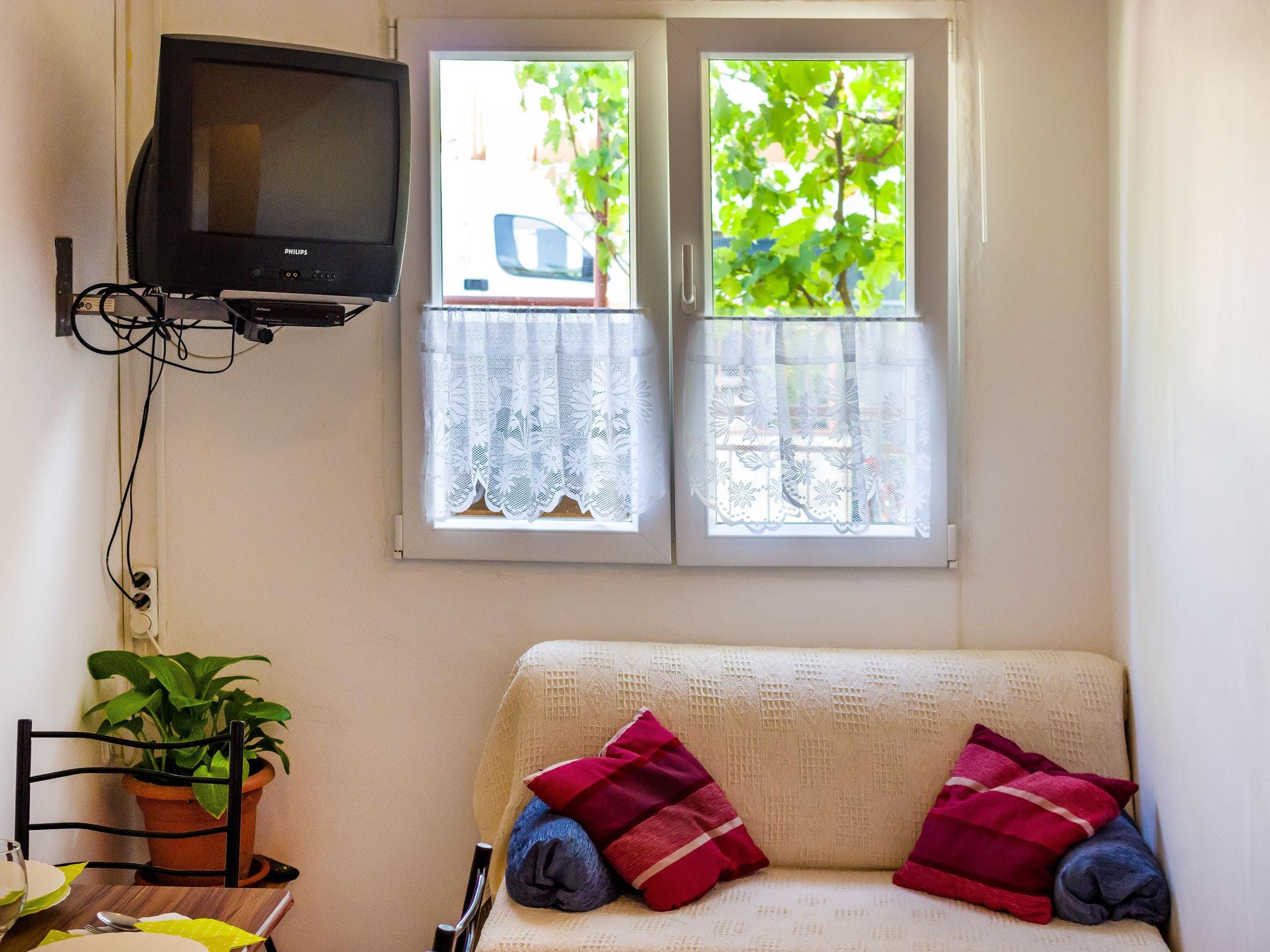 Holiday apartment Wohnung mit einem Zimmer in Zadar mit eingezäuntem Garten und W-LAN - 1 km vom Strand entf (2201234), Zadar, , Dalmatia, Croatia, picture 9