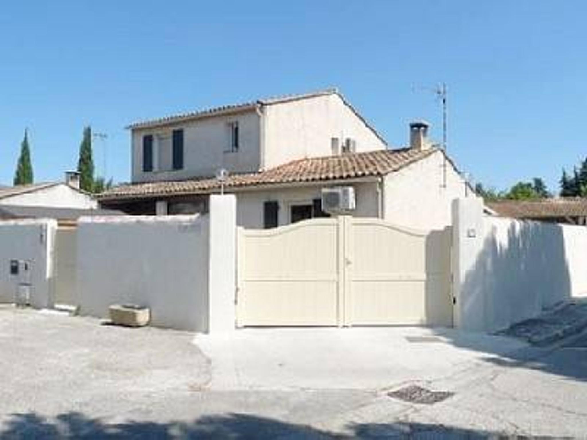 Maison de vacances Villa mit 3 Schlafzimmern in L'Isle-sur-la-Sorgue mit privatem Pool, möblierter Terrasse u (2208394), L'Isle sur la Sorgue, Vaucluse, Provence - Alpes - Côte d'Azur, France, image 4