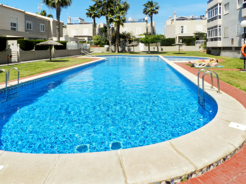 Maison de vacances Haus mit 2 Schlafzimmern in Torrevieja, Alicante mit schöner Aussicht auf die Stadt, Pool, (2201630), Torrevieja, Costa Blanca, Valence, Espagne, image 27