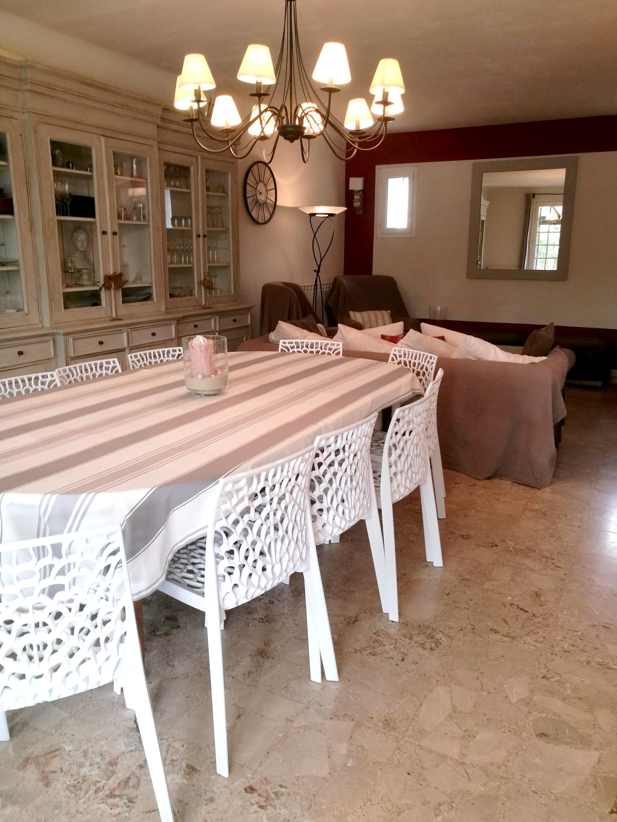 Ferienhaus Haus mit 6 Schlafzimmern in Pernes-les-Fontaines mit privatem Pool, möbliertem Garten und  (2377414), Pernes les Fontaines, Saône-et-Loire, Burgund, Frankreich, Bild 13