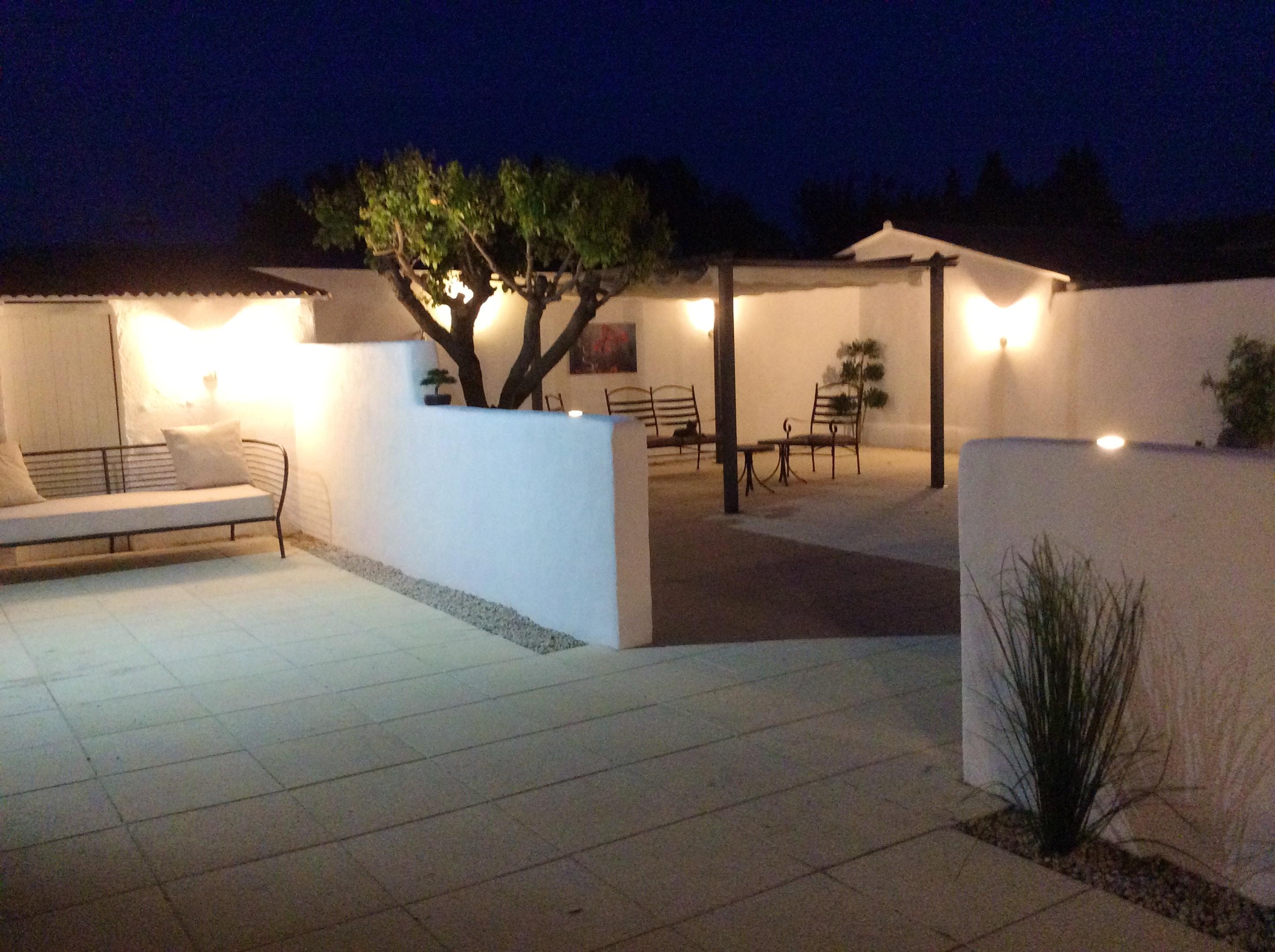 Holiday house Villa mit 3 Schlafzimmern in L'Isle-sur-la-Sorgue mit privatem Pool, möblierter Terrasse u (2208394), L'Isle sur la Sorgue, Vaucluse, Provence - Alps - Côte d'Azur, France, picture 2