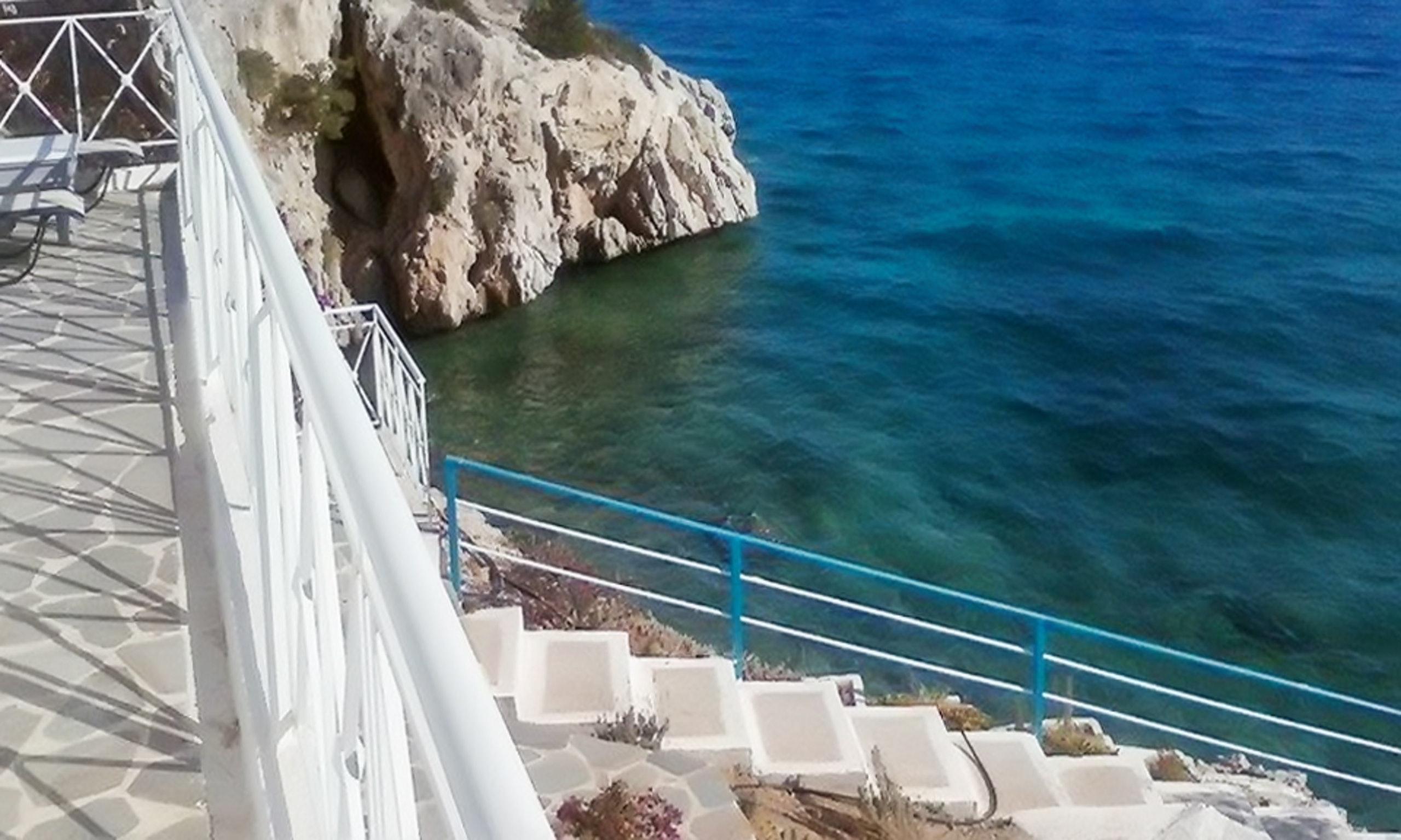 Holiday house Luxuriöse Villa in Megara direkt am Meer, mit wunderschöner Aussicht und möbliertem Balkon (2294781), Megara, , Attica, Greece, picture 3