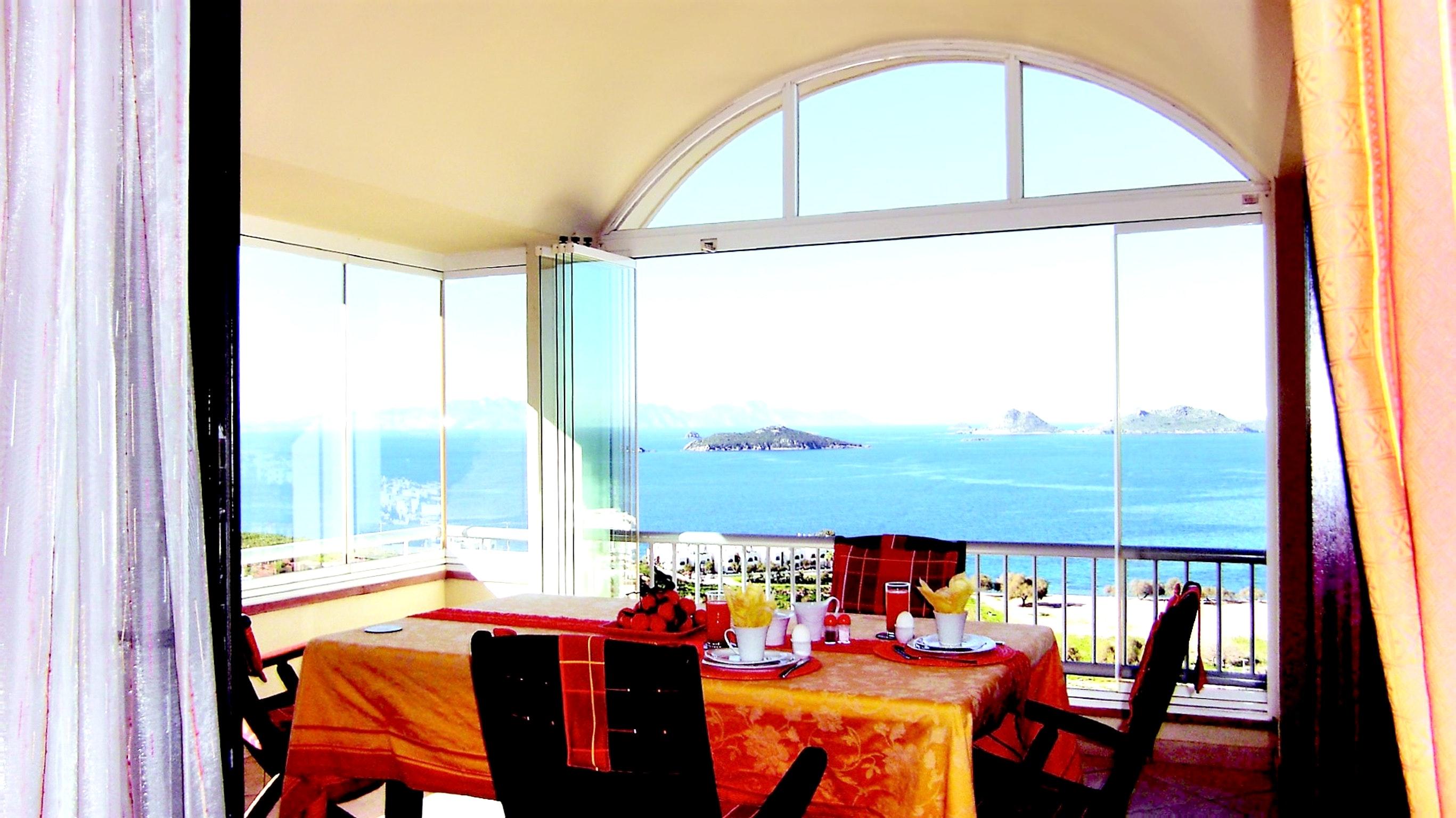 Maison de vacances Moderne türkische Villa mit zwei Pools, herrlicher Aussicht, WLAN und Zugang zu einem Priv (2202326), Turgutreis, , Région Egéenne, Turquie, image 10