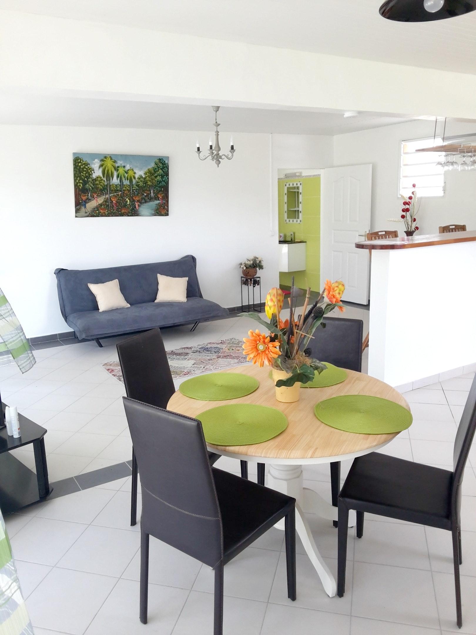Haus mit einem Schlafzimmer in Les Trois-Îlets mit herrlichem Meerblick, Pool, eingezäuntem Garten - 3 km vom Strand entfernt
