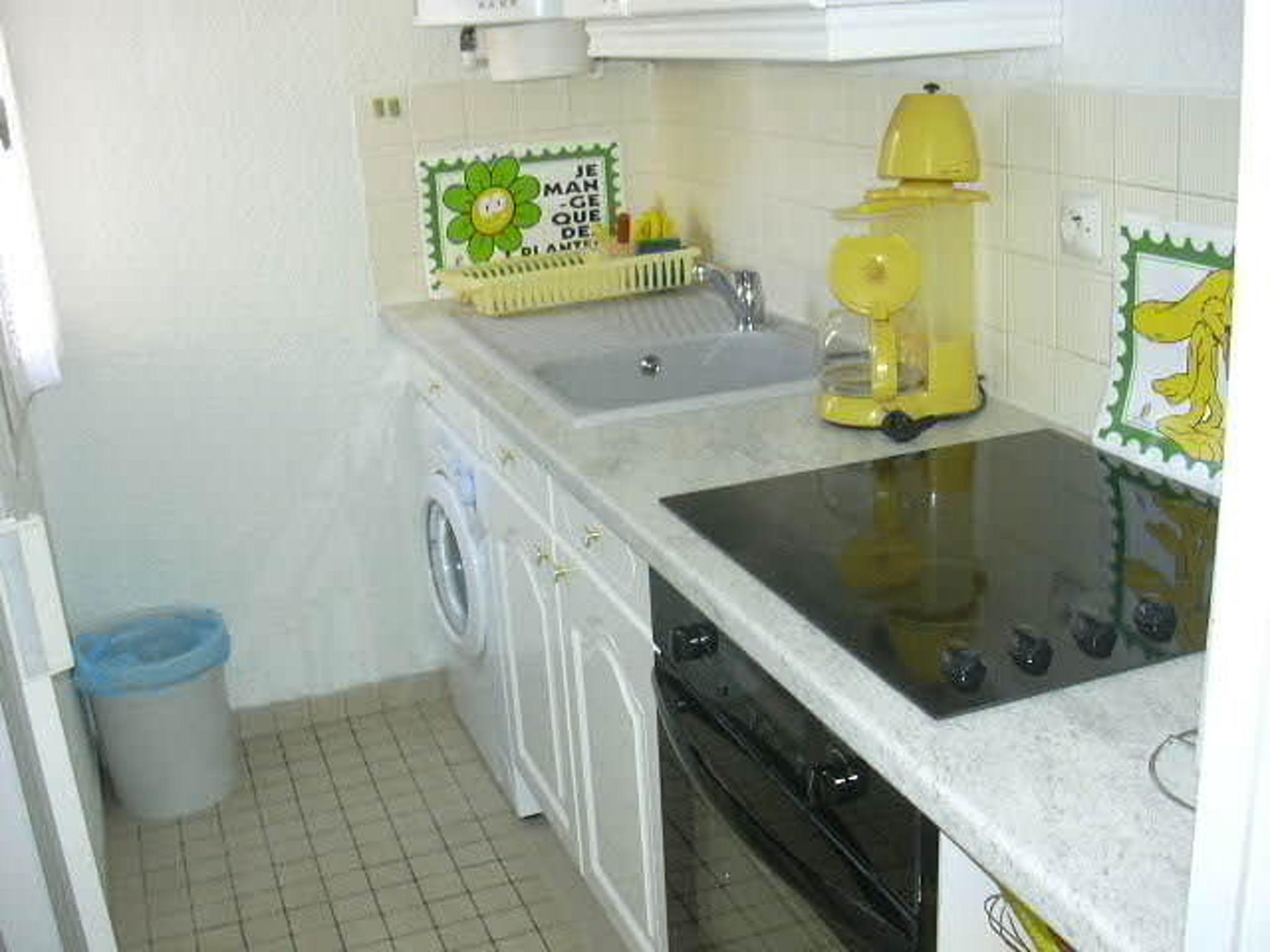 Ferienwohnung Wohnung mit einem Zimmer in Gruissan mit herrlichem Meerblick und W-LAN - 300 m vom Strand (2339647), Gruissan, Mittelmeerküste Aude, Languedoc-Roussillon, Frankreich, Bild 6