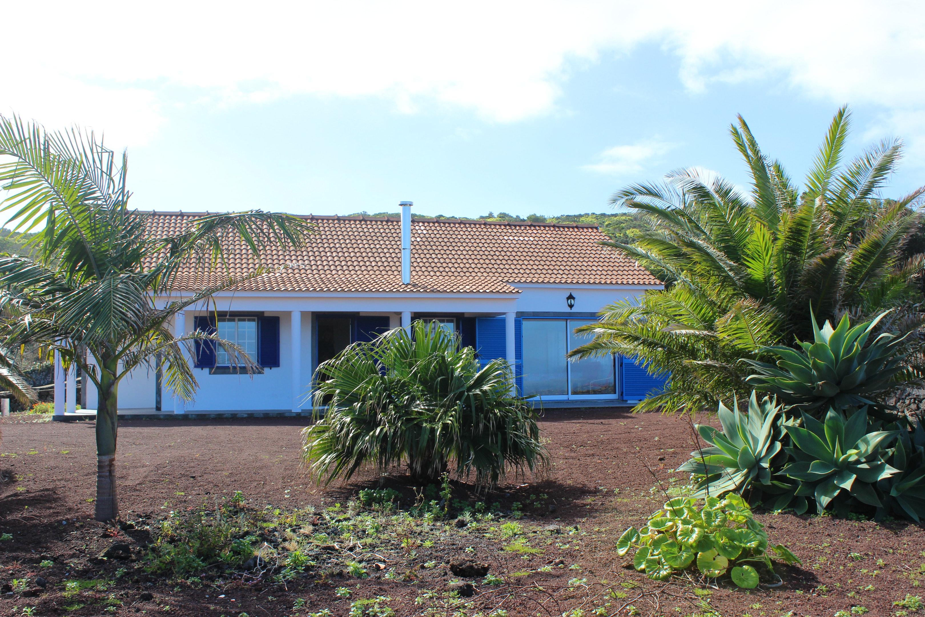 Ferienhaus Haus mit 2 Schlafzimmern in Baixa mit herrlichem Meerblick und eingezäuntem Garten (2202753), Baixa, Pico, Azoren, Portugal, Bild 2