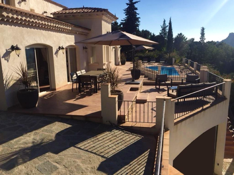 Maison de vacances Villa mit 5 Schlafzimmern in Rayol-Canadel-sur-Mer mit toller Aussicht auf die Berge, priv (2201555), Le Lavandou, Côte d'Azur, Provence - Alpes - Côte d'Azur, France, image 12