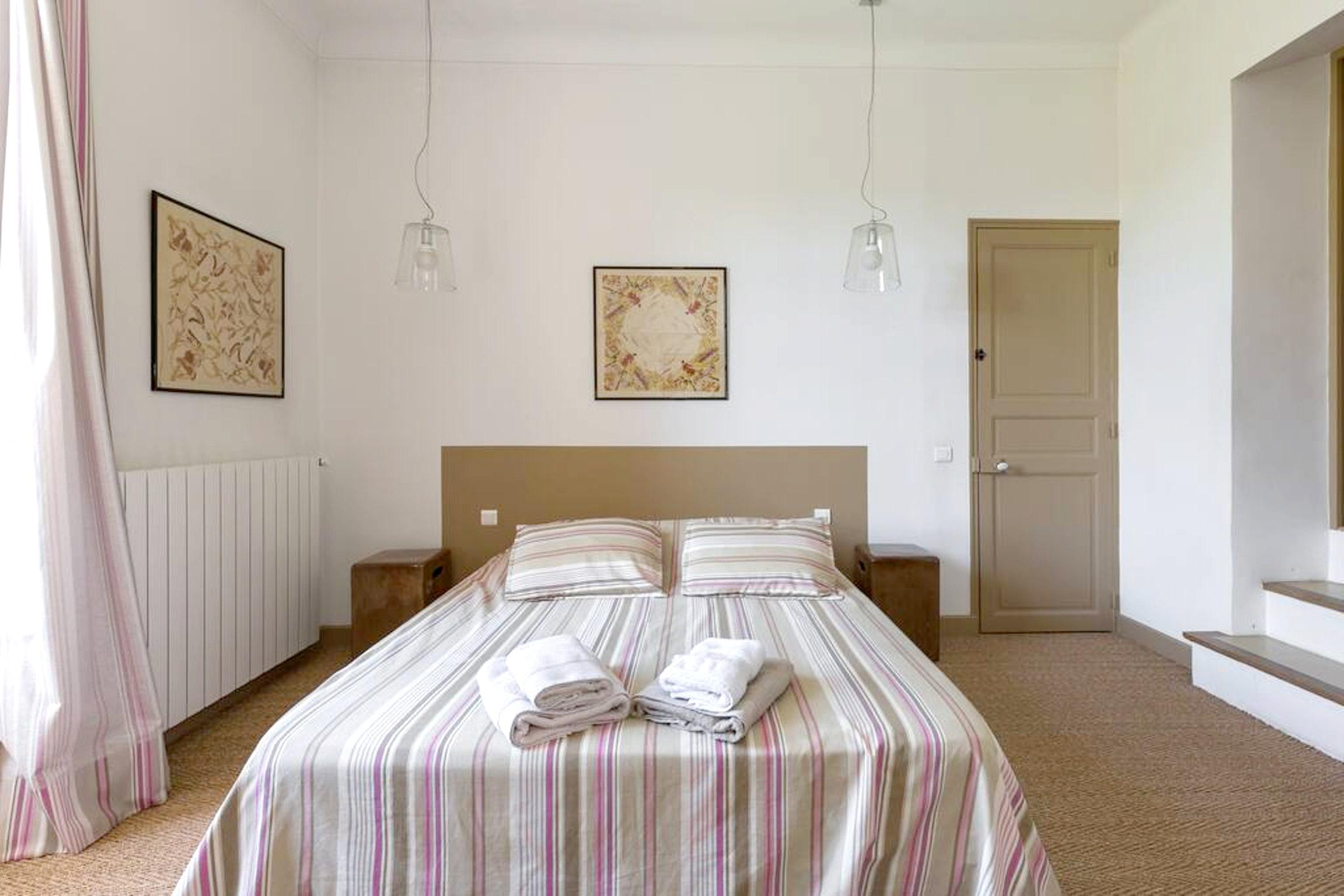 Maison de vacances Villa mit 6 Schlafzimmern in L'Isle-sur-la-Sorgue mit privatem Pool, möbliertem Garten und (2647203), L'Isle sur la Sorgue, Vaucluse, Provence - Alpes - Côte d'Azur, France, image 32