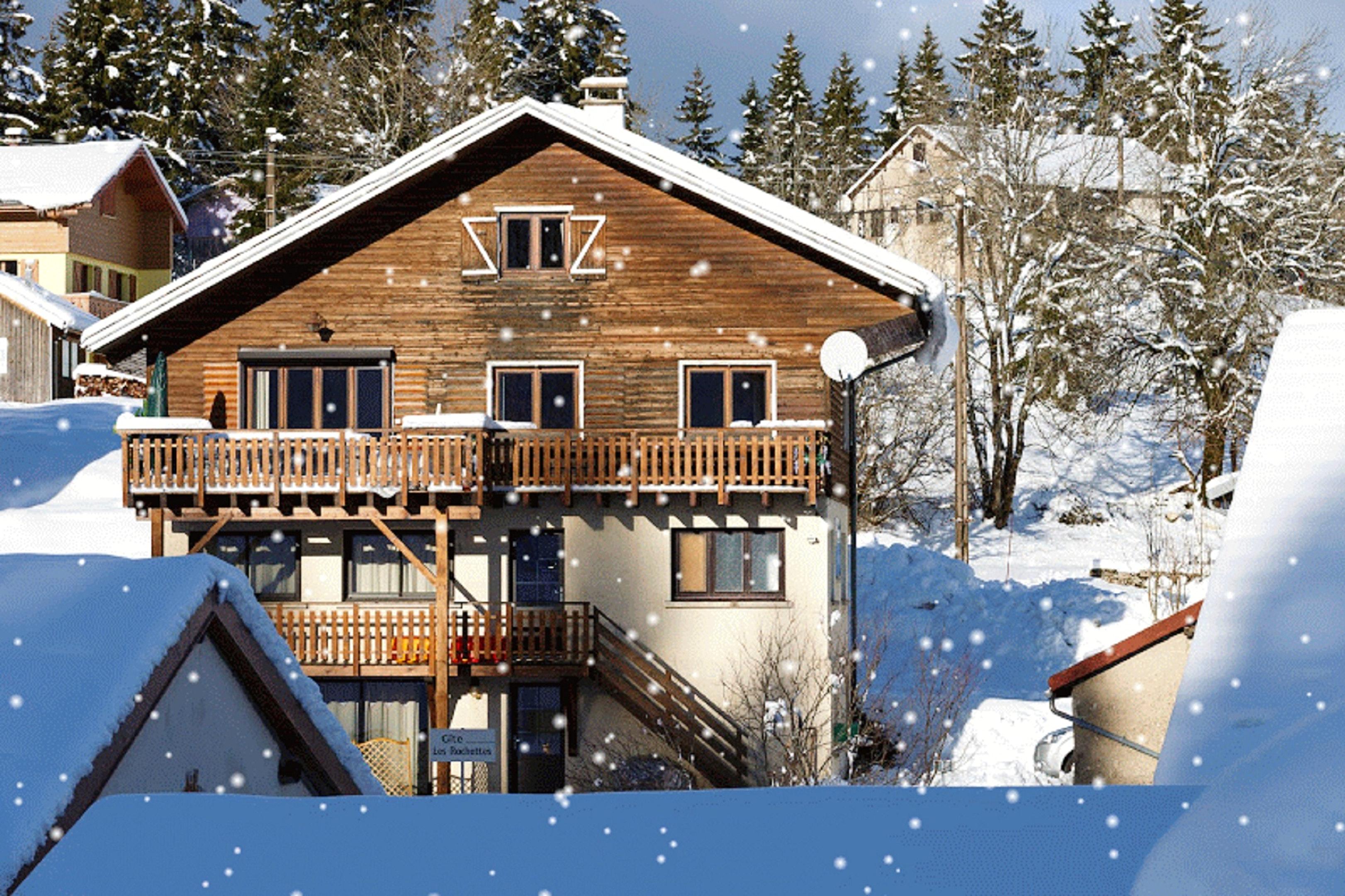 Maison de vacances Hütte mit 7 Schlafzimmern in Les Moussières mit toller Aussicht auf die Berge, möblierter  (2677371), Les Moussières, Jura, Franche-Comté, France, image 2