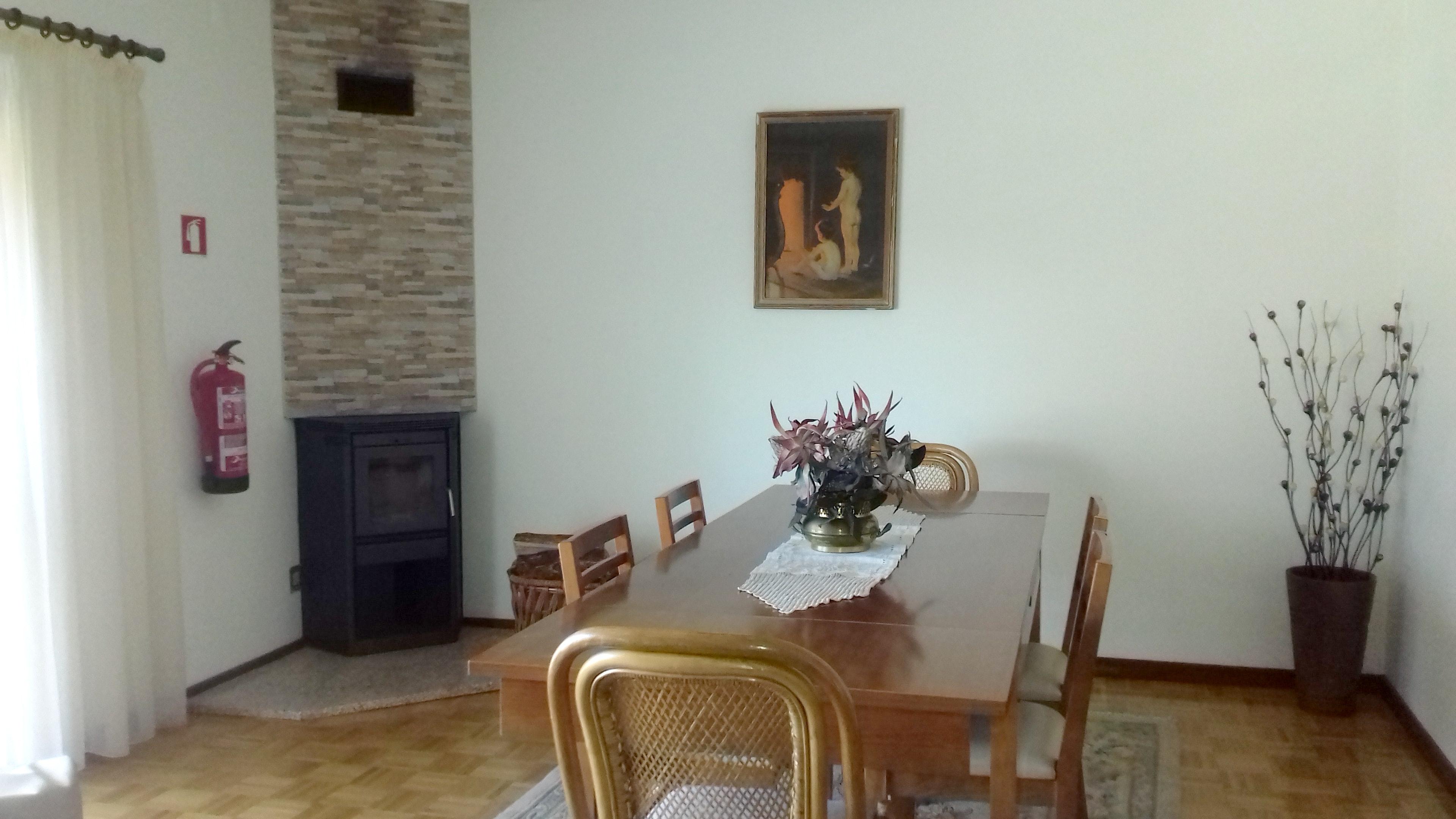 Holiday house Haus mit 7 Schlafzimmern in Lajeosa mit toller Aussicht auf die Berge und eingezäuntem Gar (2557861), Lajeosa, , Central-Portugal, Portugal, picture 9
