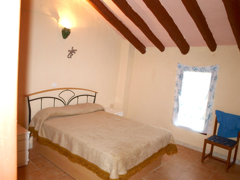 Maison de vacances Haus mit 6 Schlafzimmern in Albentosa mit toller Aussicht auf die Berge und möblierter Ter (2639969), Albentosa, Teruel, Aragon, Espagne, image 5