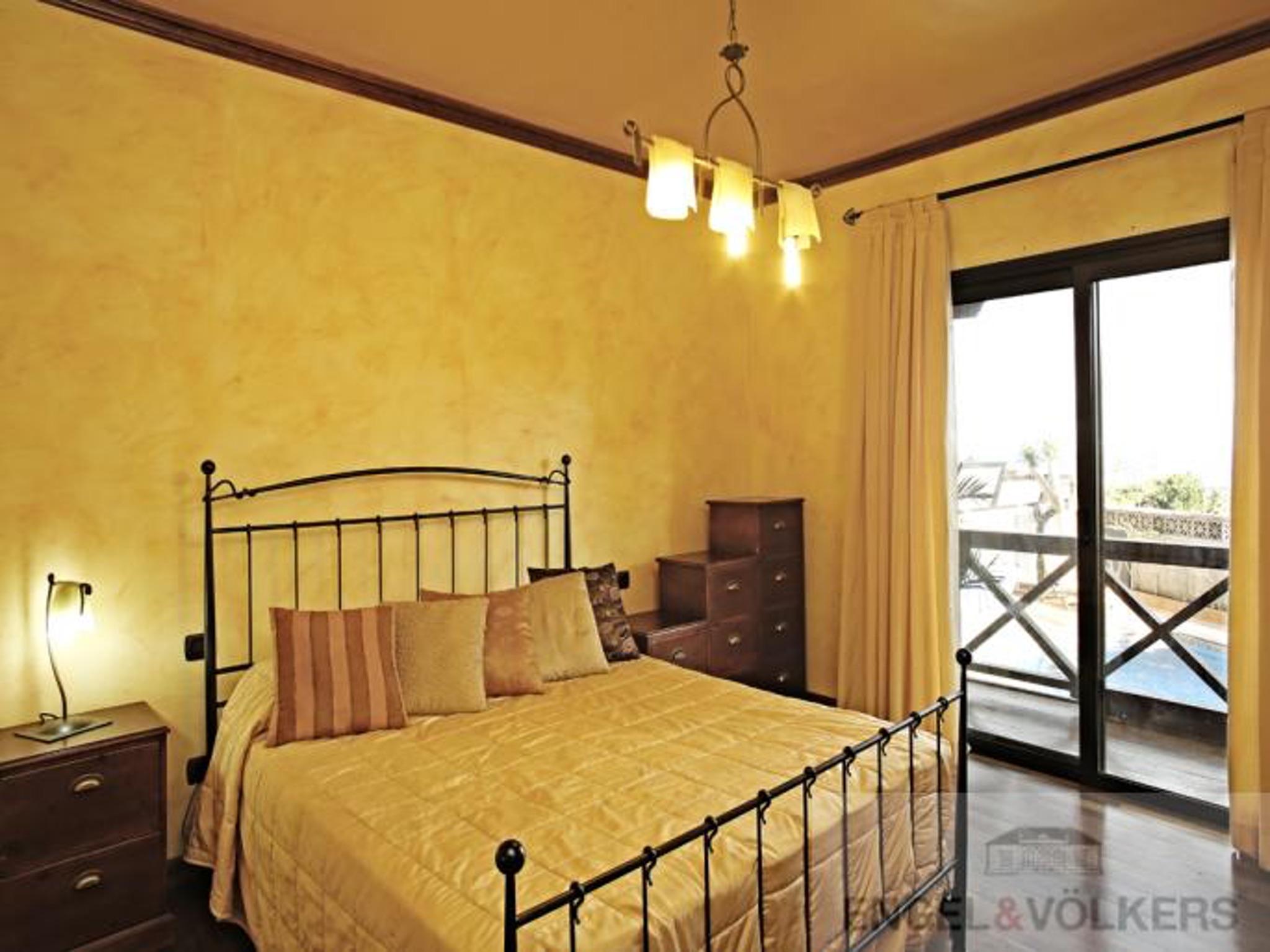 Holiday house Haus mit 5 Zimmern in Granadilla mit toller Aussicht auf die Berge, privatem Pool, eingezä (2202646), San Isidro, Tenerife, Canary Islands, Spain, picture 12
