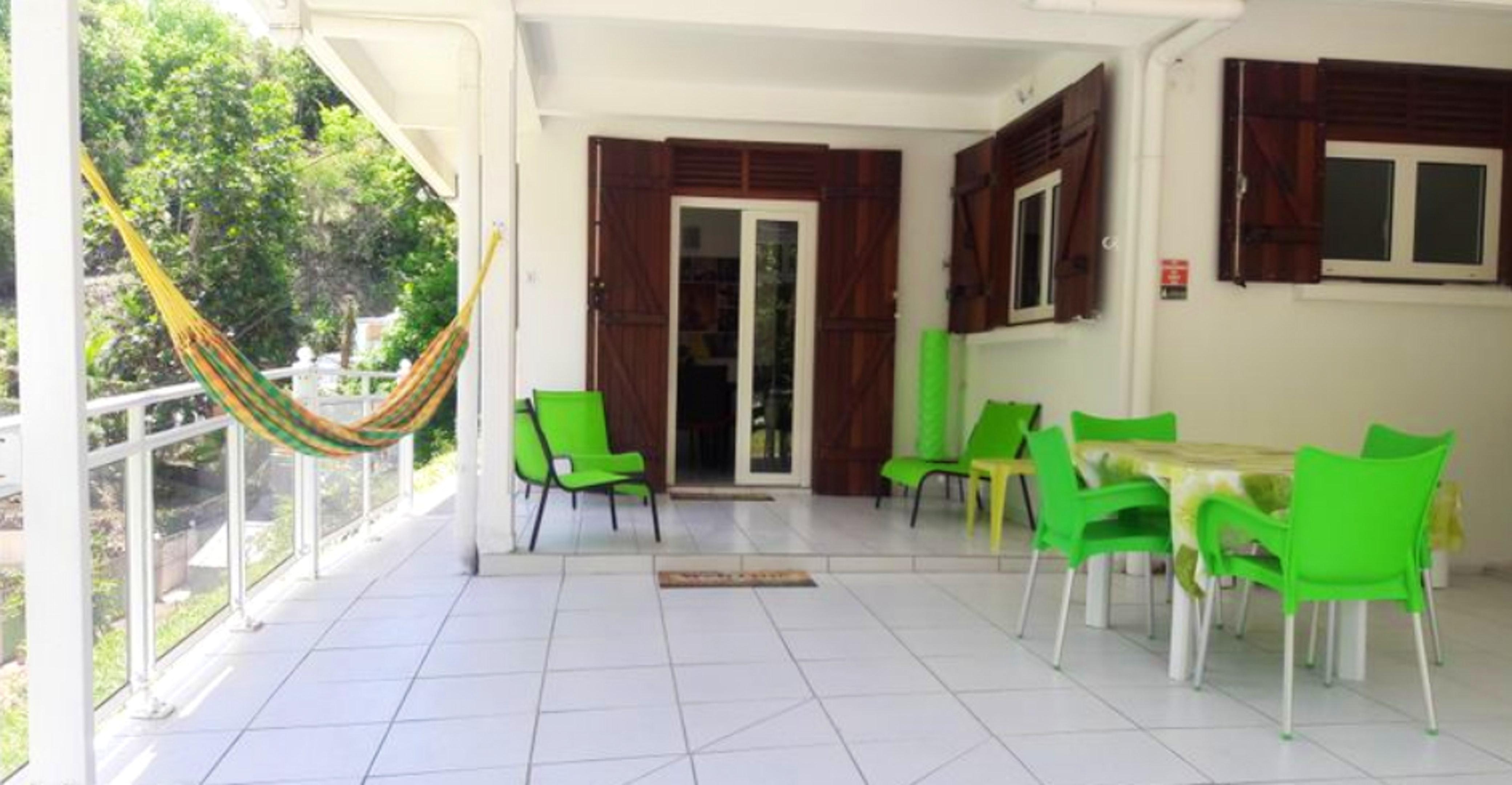 Haus mit 2 Schlafzimmern in Le Gosier mit möb Ferienhaus in Guadeloupe