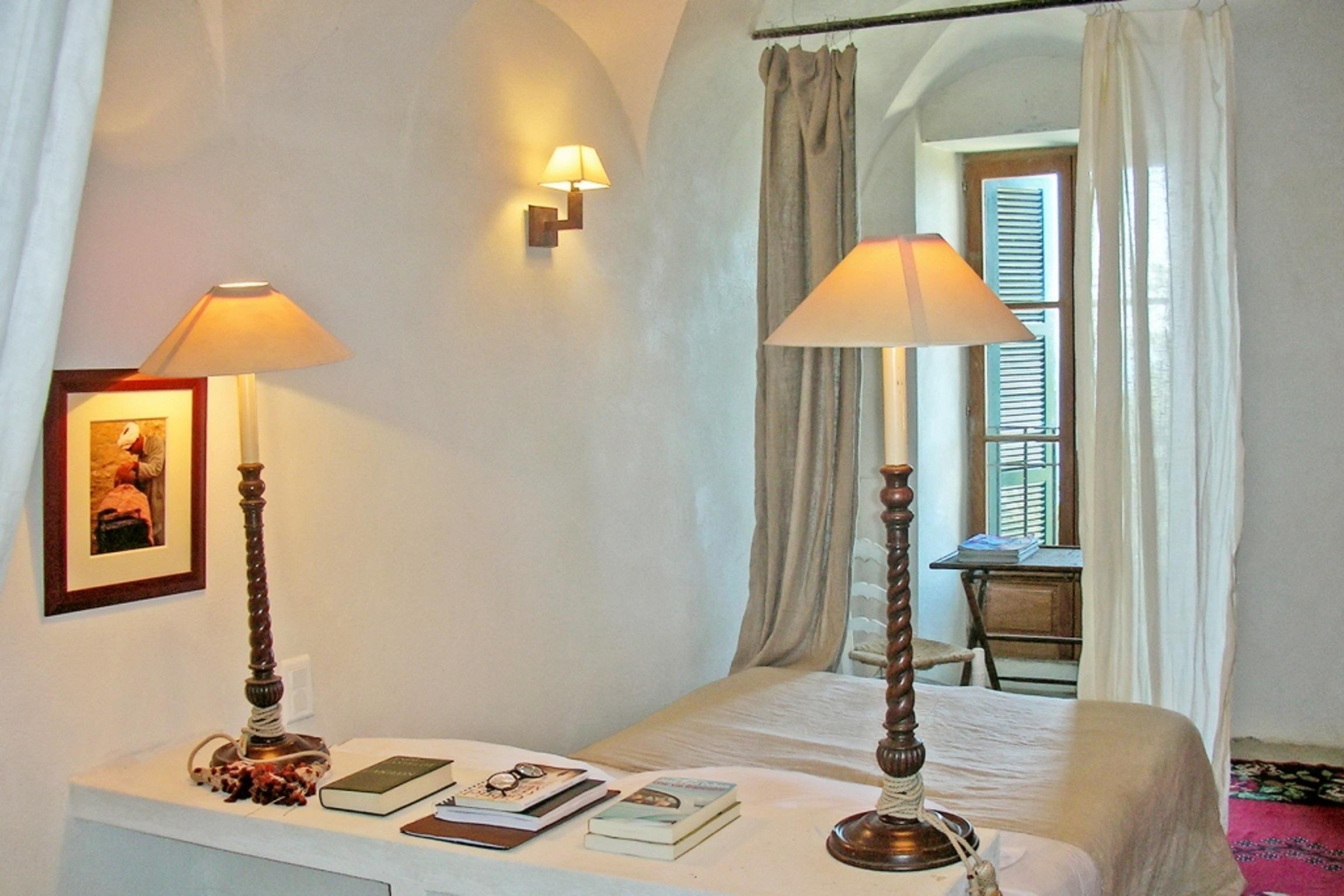 Ferienhaus Herrliches Haus mit neun Schlafzimmern und grandiosem Blick aufs Meer im hübschen Dörfchen (2202571), Centuri, Nordkorsika, Korsika, Frankreich, Bild 18