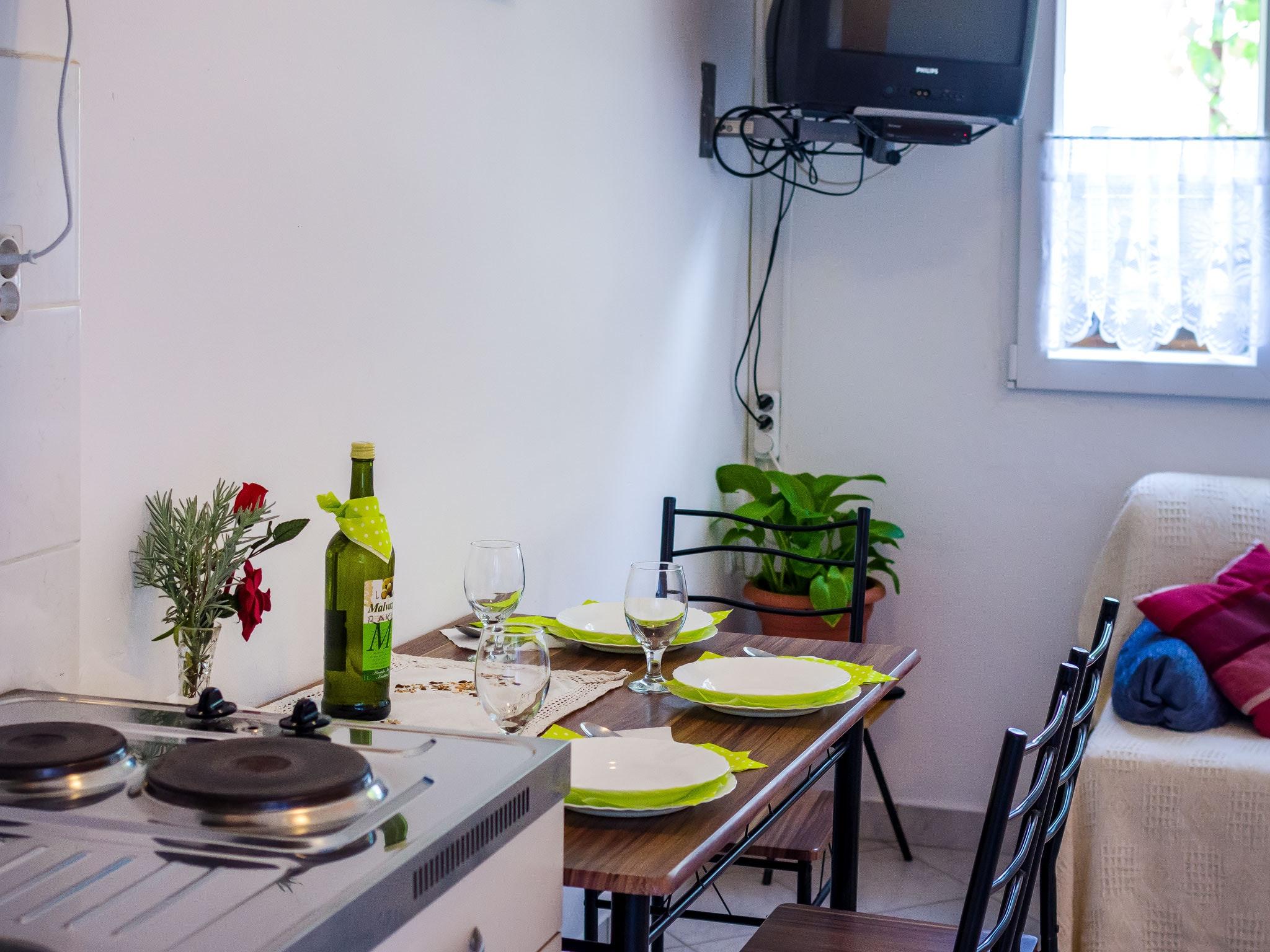 Holiday apartment Wohnung mit einem Zimmer in Zadar mit eingezäuntem Garten und W-LAN - 1 km vom Strand entf (2201234), Zadar, , Dalmatia, Croatia, picture 6