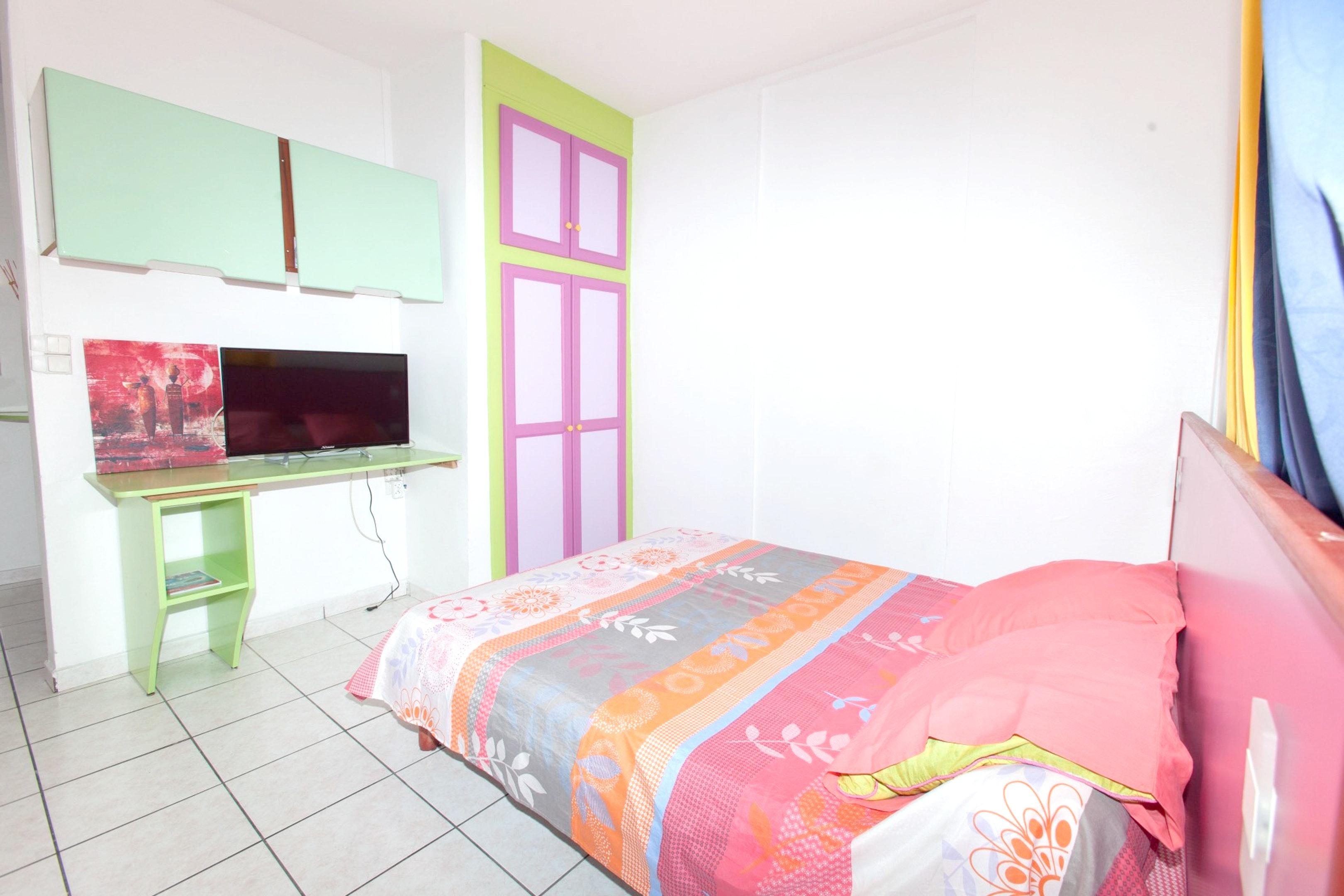 Haus mit einem Schlafzimmer in Le Gosier mit m&oum Ferienhaus in Guadeloupe