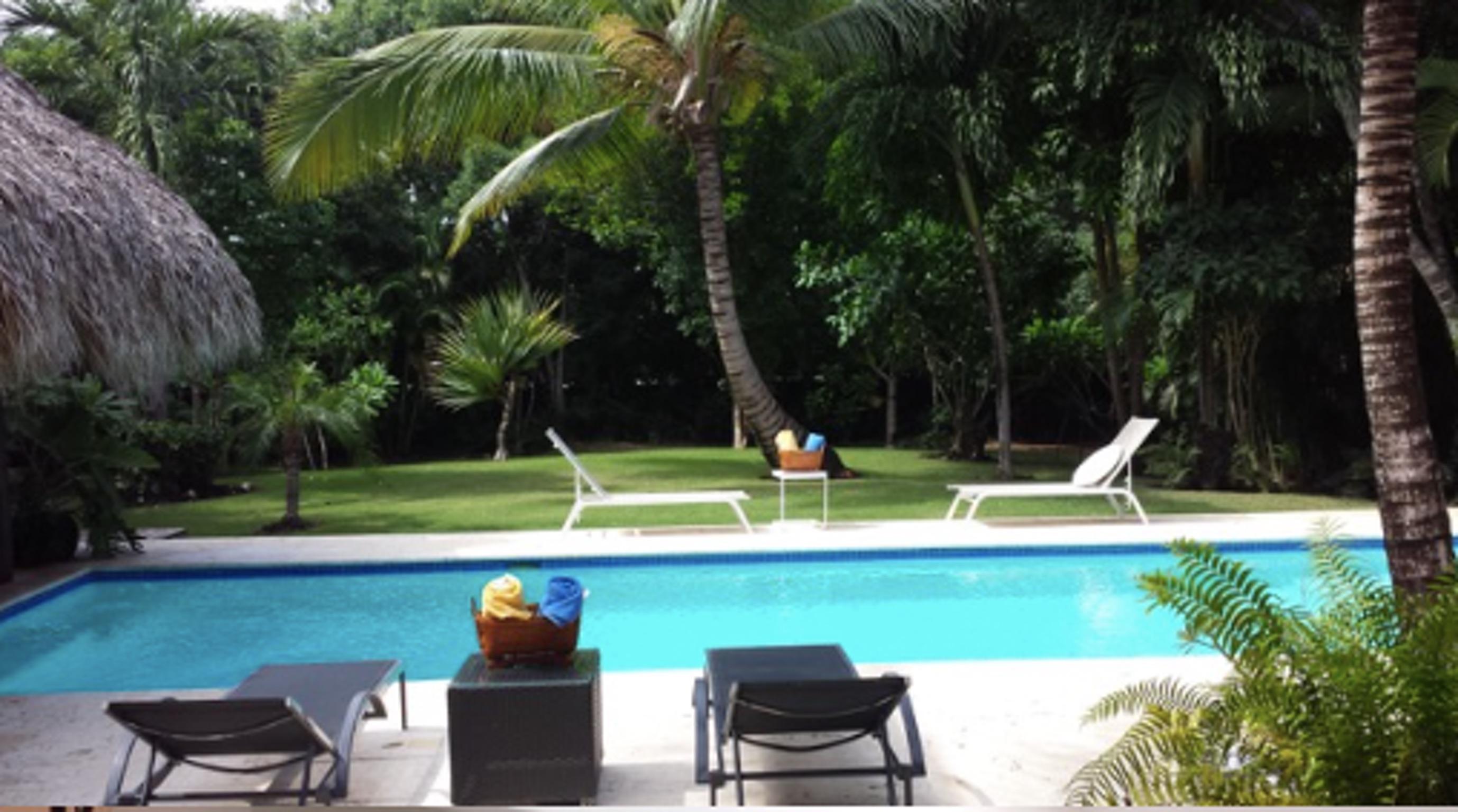 Villa de 3 habitaciones en punta cana con piscina privada for Villas de vacaciones con piscina privada