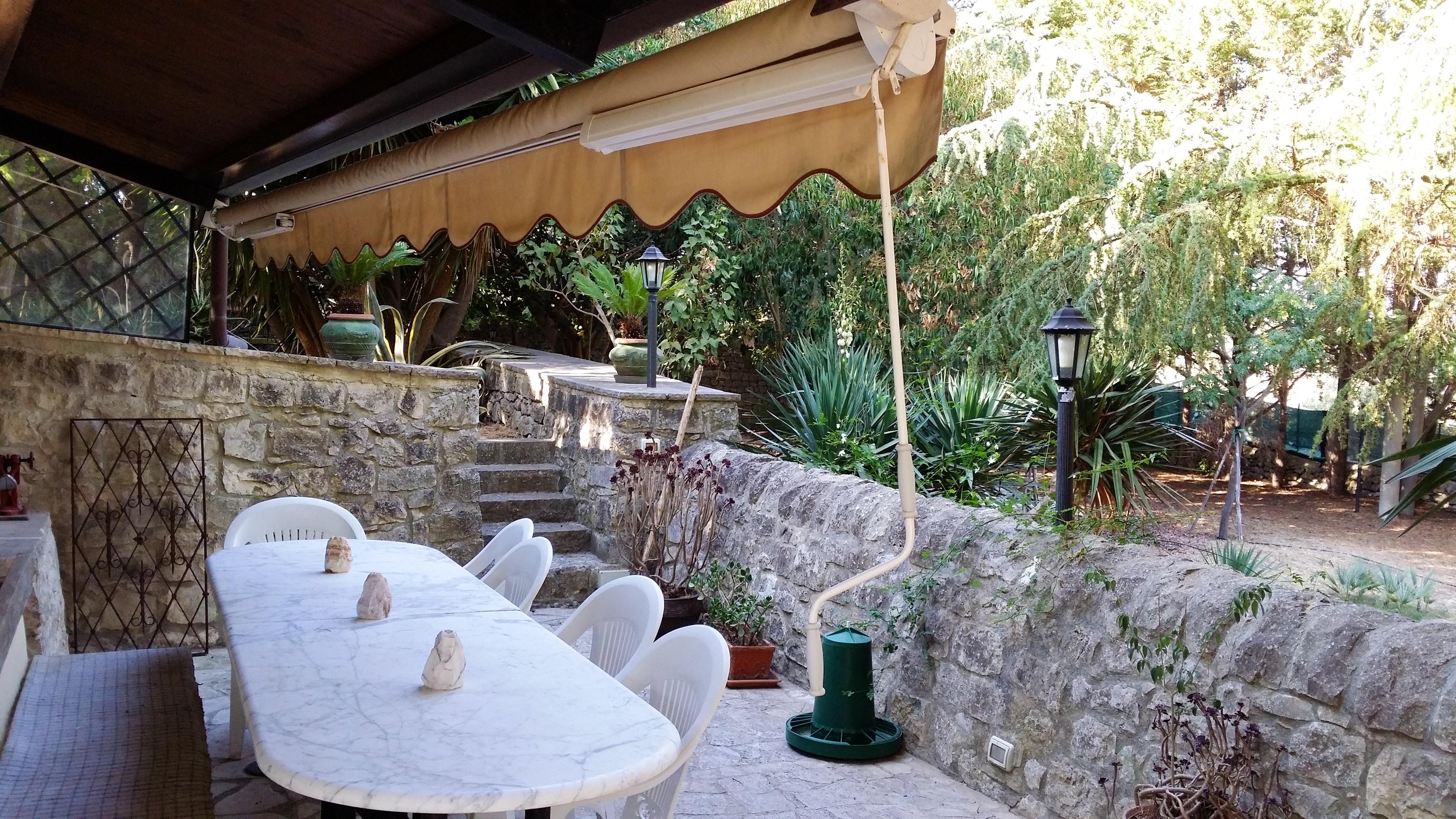 Appartement de vacances Studio in Modica mit Pool, möblierter Terrasse und W-LAN - 20 km vom Strand entfernt (2235007), Modica, Ragusa, Sicile, Italie, image 3