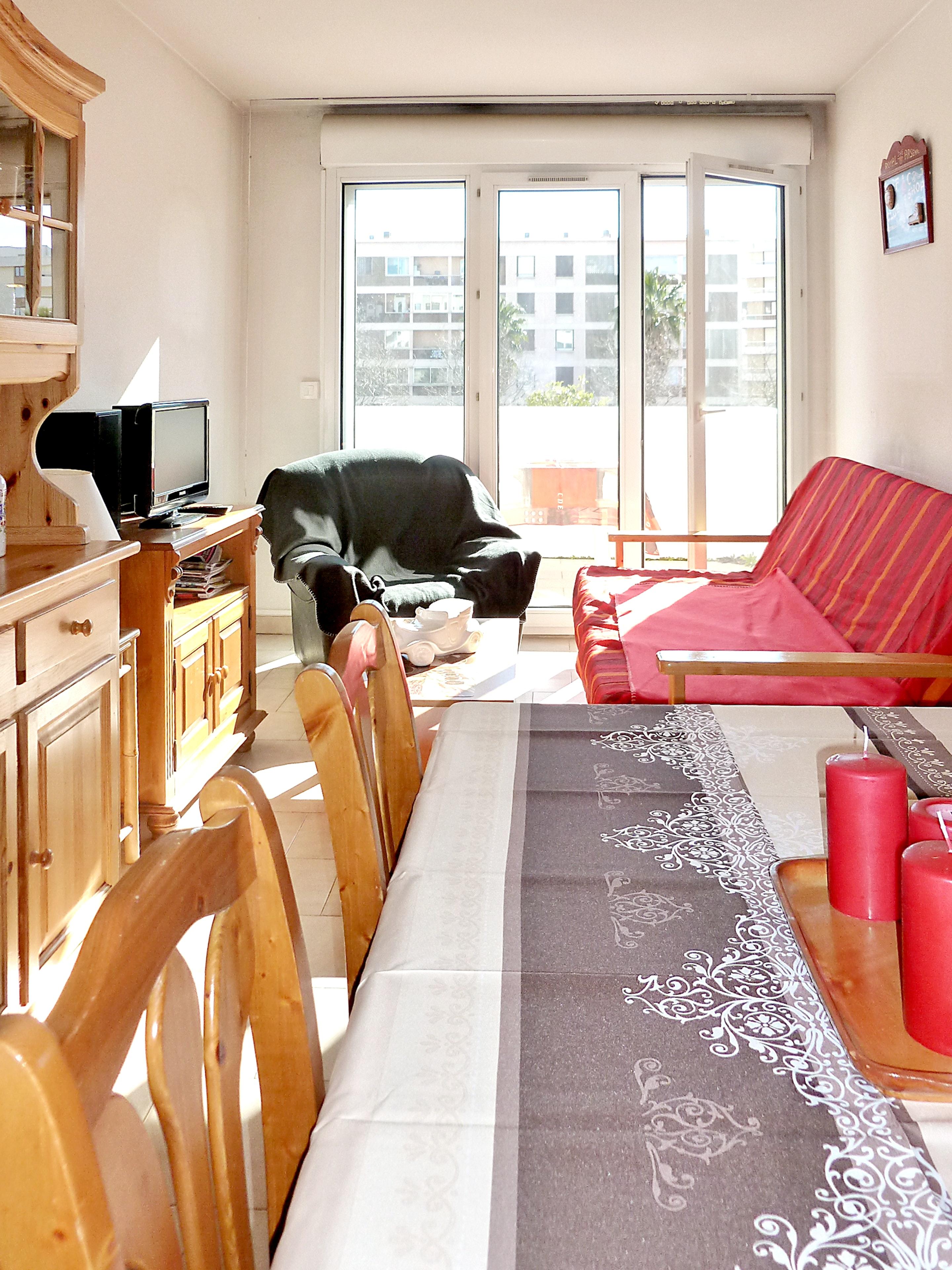 Holiday apartment Wohnung mit einem Schlafzimmer in Fréjus mit schöner Aussicht auf die Stadt, Pool und Balk (2202442), Fréjus, Côte d'Azur, Provence - Alps - Côte d'Azur, France, picture 5