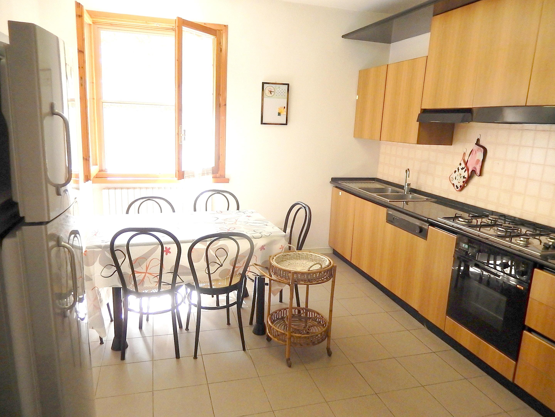 Ferienwohnung Wohnung mit 3 Schlafzimmern in Pesaro mit Pool, eingezäuntem Garten und W-LAN - 4 km vom S (2339355), Pesaro, Pesaro und Urbino, Marken, Italien, Bild 7