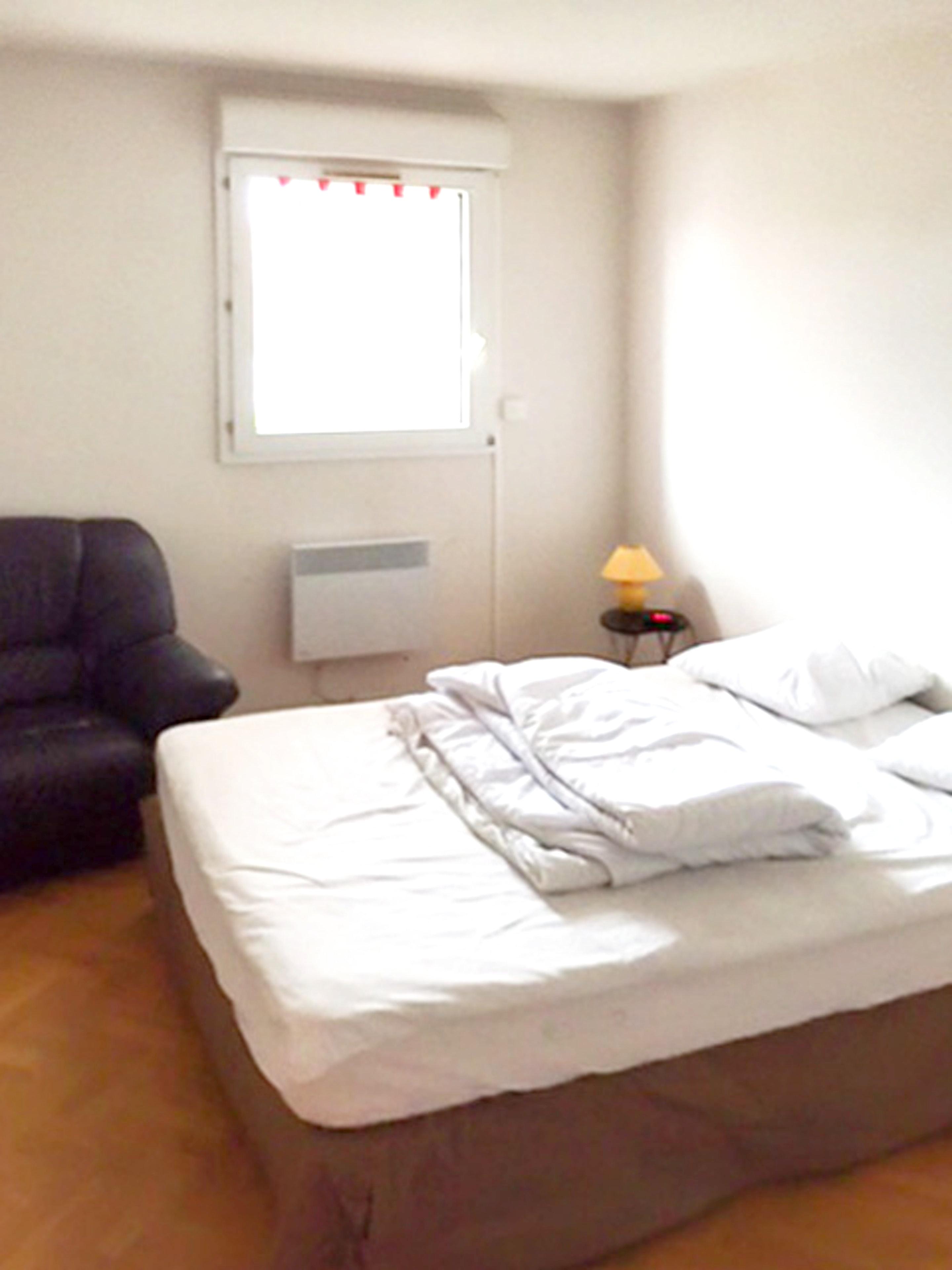 Holiday apartment Wohnung mit einem Schlafzimmer in Fréjus mit schöner Aussicht auf die Stadt, Pool und Balk (2202442), Fréjus, Côte d'Azur, Provence - Alps - Côte d'Azur, France, picture 10