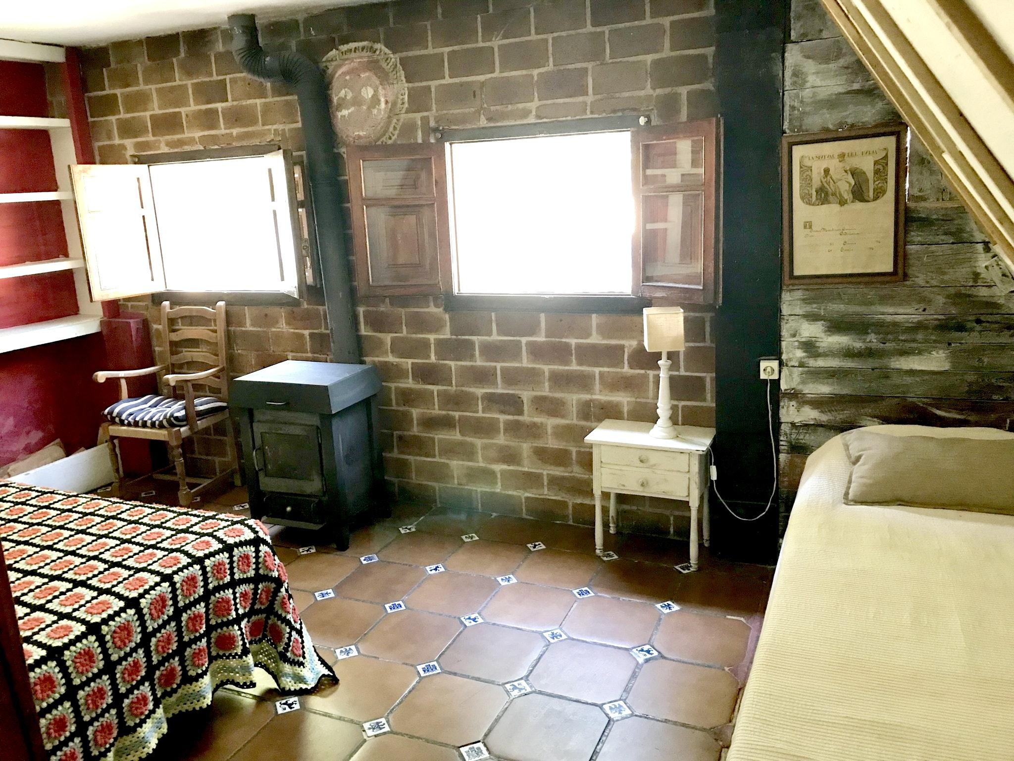 Maison de vacances Hütte mit 4 Schlafzimmern in Camarena de la Sierra mit toller Aussicht auf die Berge, priv (2474258), Camarena de la Sierra, Teruel, Aragon, Espagne, image 26