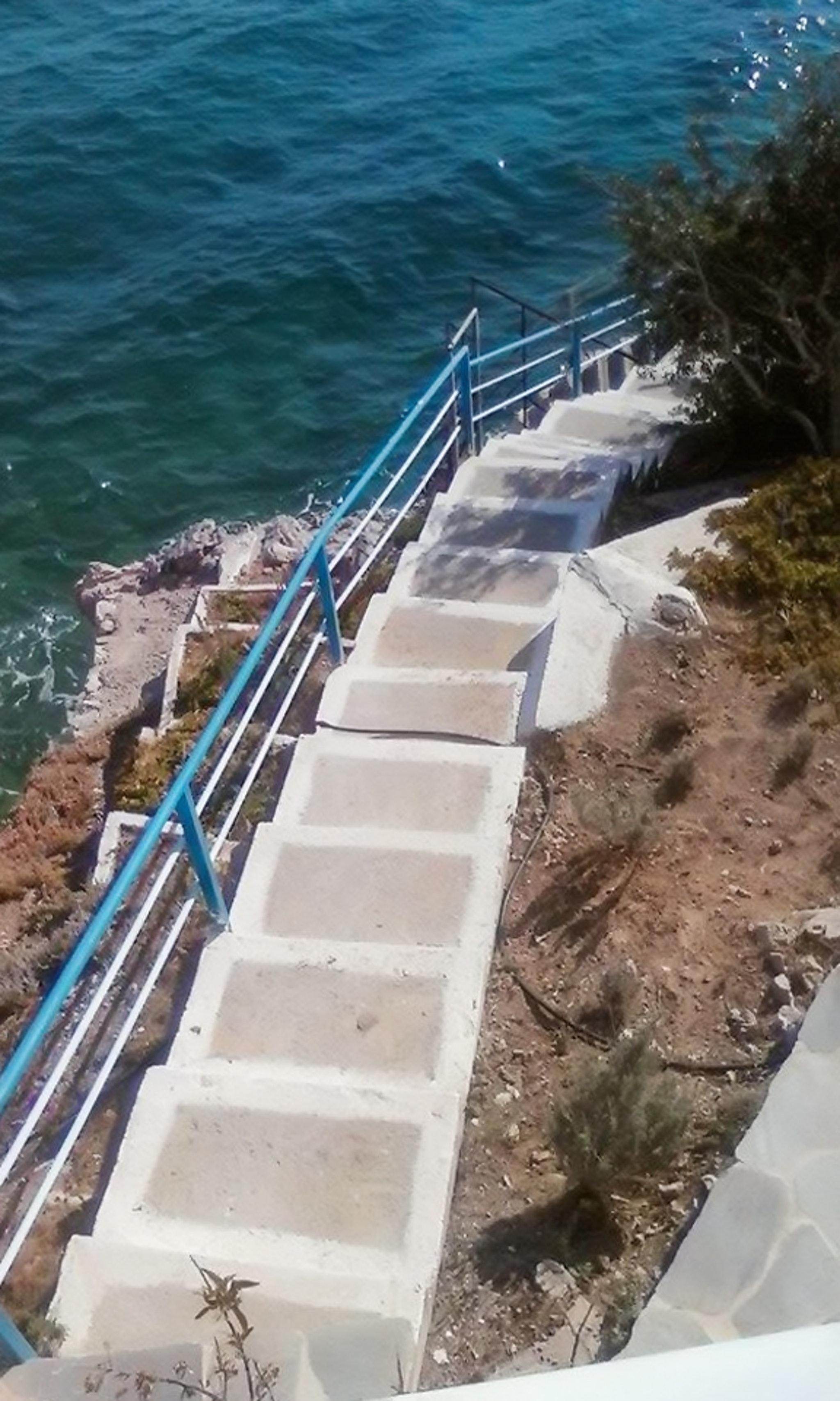 Ferienhaus Luxuriöse Villa in Megara direkt am Meer, mit wunderschöner Aussicht und möbliertem Balkon (2294781), Megara, , Attika, Griechenland, Bild 16