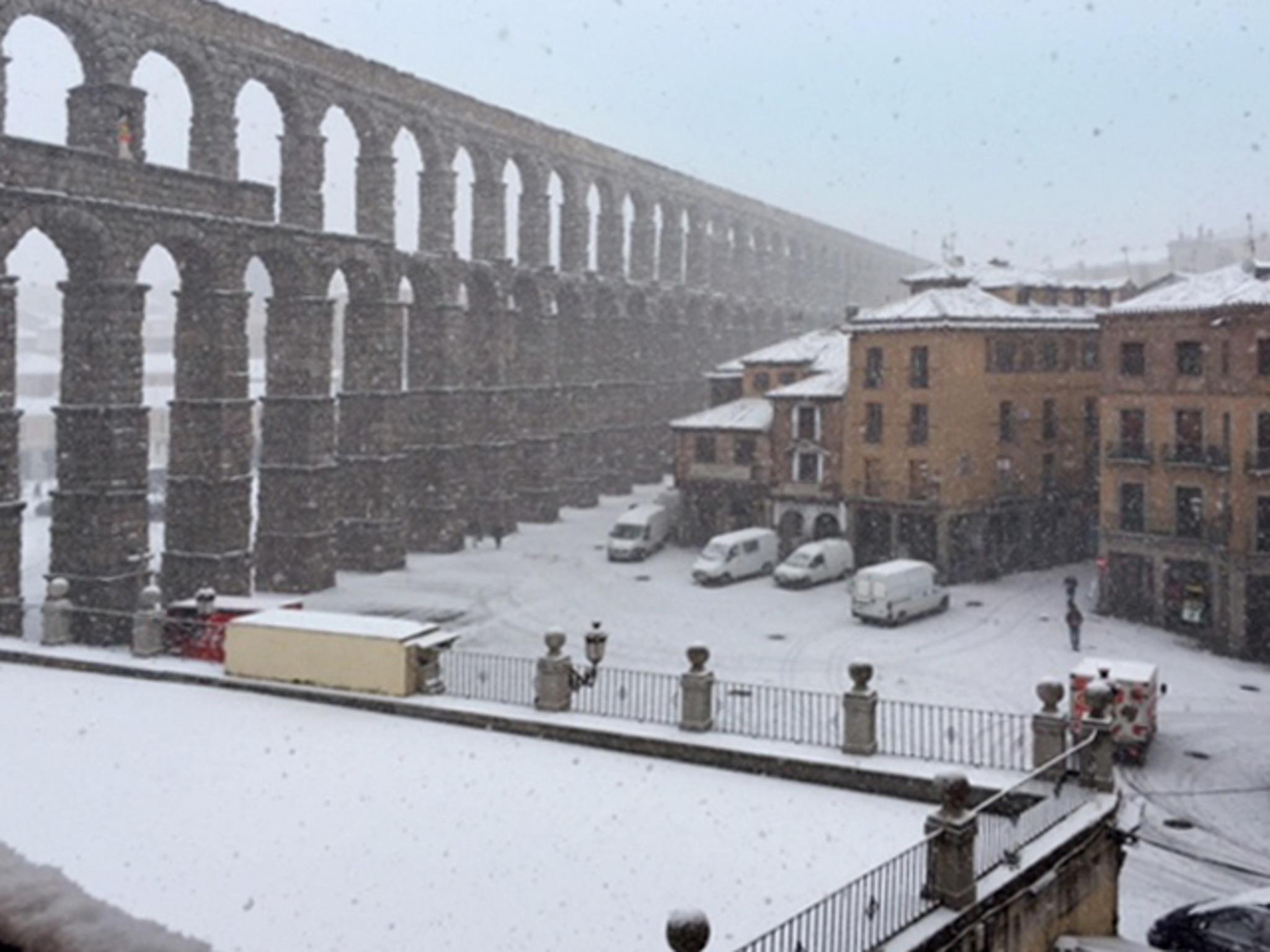 Ferienwohnung Rustikale Vierzimmerwohnung in Segovia mit WLAN, drei Balkonen und Blick auf das berühmte  (2202012), Segovia, Segovia, Kastilien-León, Spanien, Bild 16