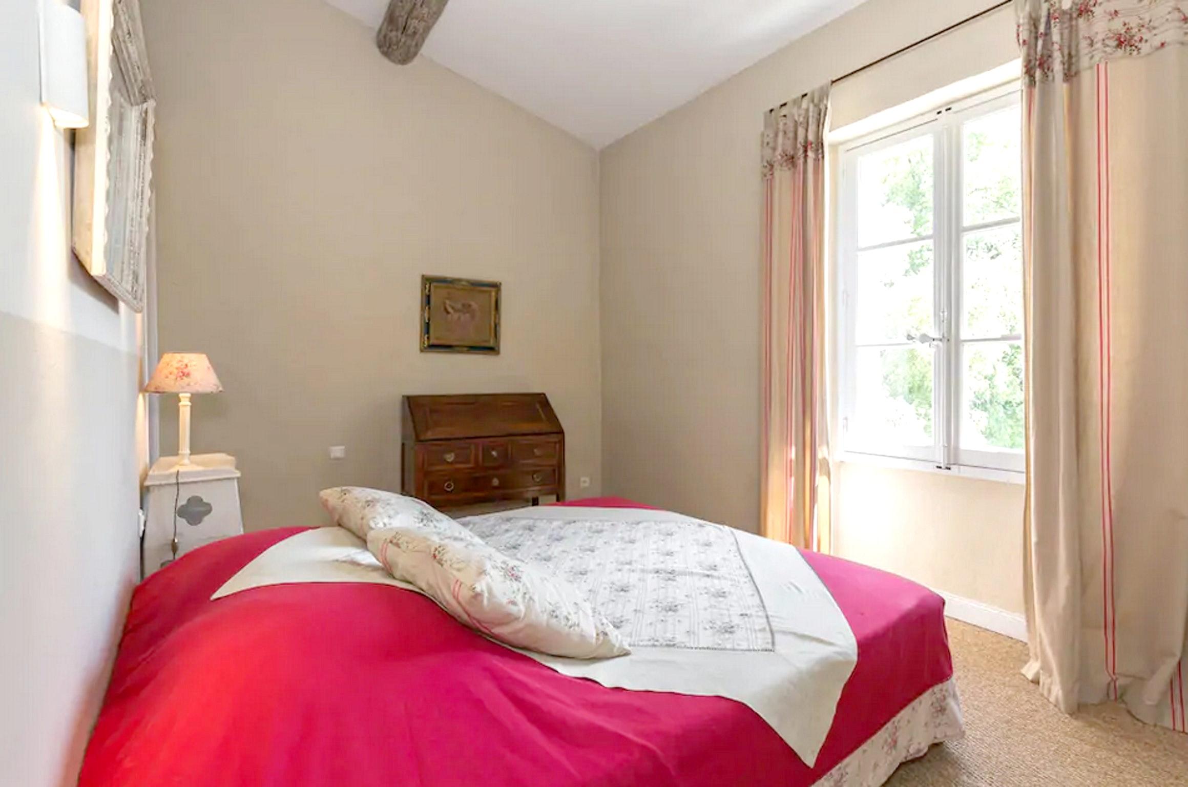 Maison de vacances Villa mit 6 Schlafzimmern in L'Isle-sur-la-Sorgue mit privatem Pool, möbliertem Garten und (2647203), L'Isle sur la Sorgue, Vaucluse, Provence - Alpes - Côte d'Azur, France, image 44