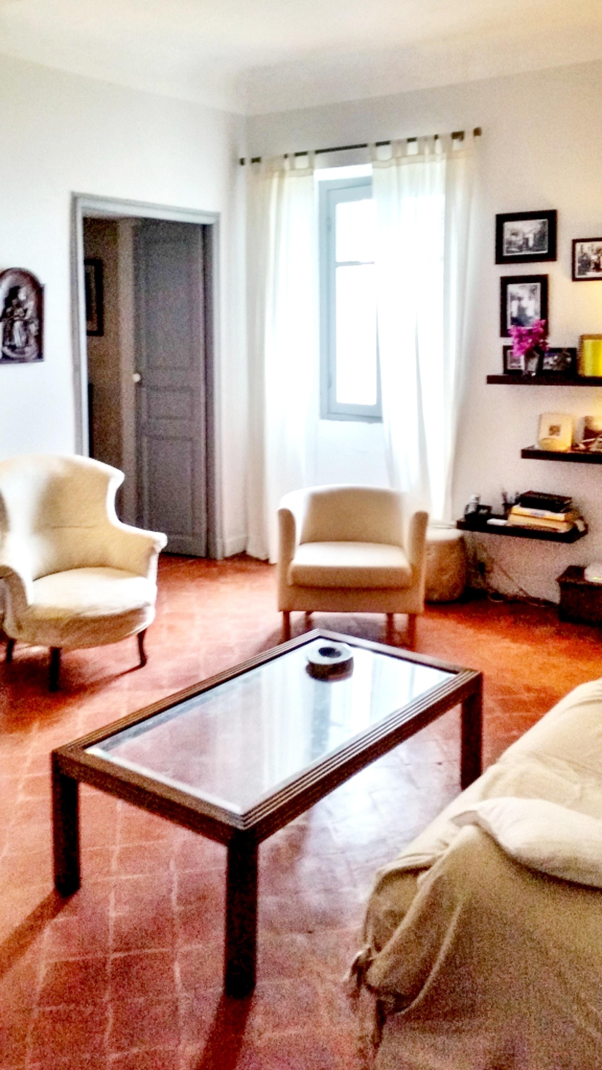 Maison de vacances Herrliches Haus mit neun Schlafzimmern und grandiosem Blick aufs Meer im hübschen Dörfchen (2202571), Centuri, Haute-Corse, Corse, France, image 2