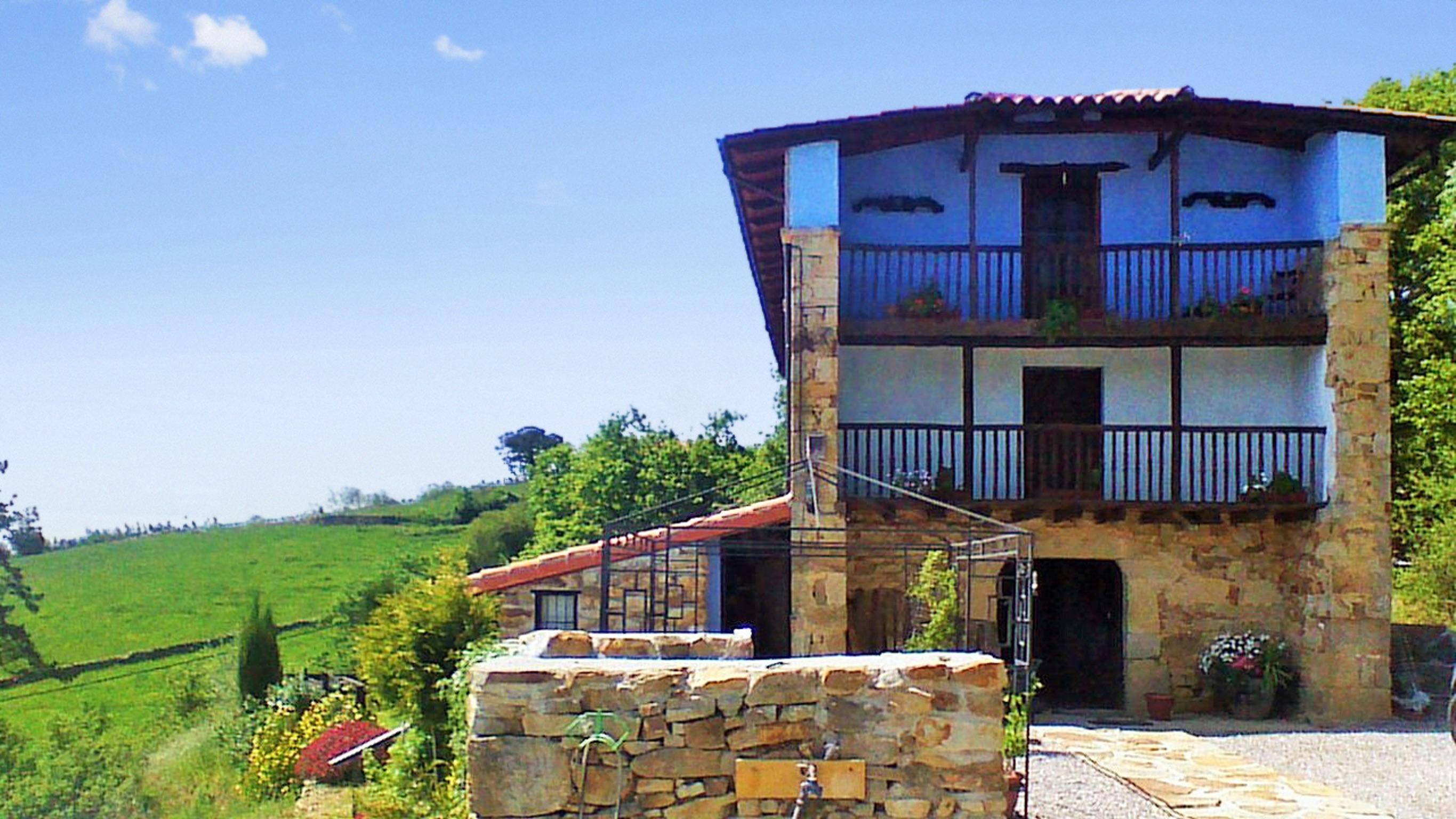 Holiday house Großes Haus in Ampuero mit vier Schlafzimmern und herrlichem Bergblick! (2201236), Ampuero, , Cantabria, Spain, picture 46